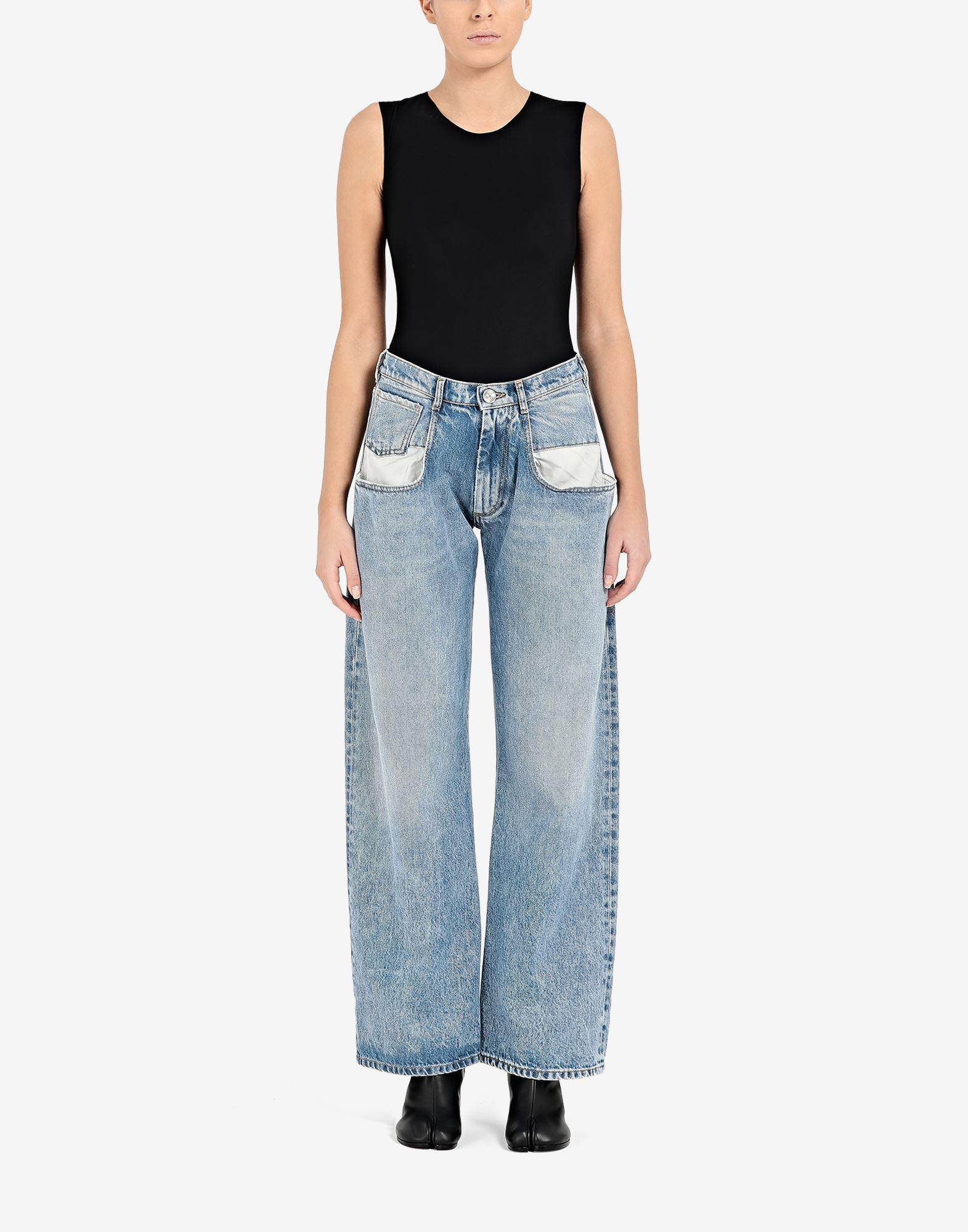 Straight jeans with contrasted pockets