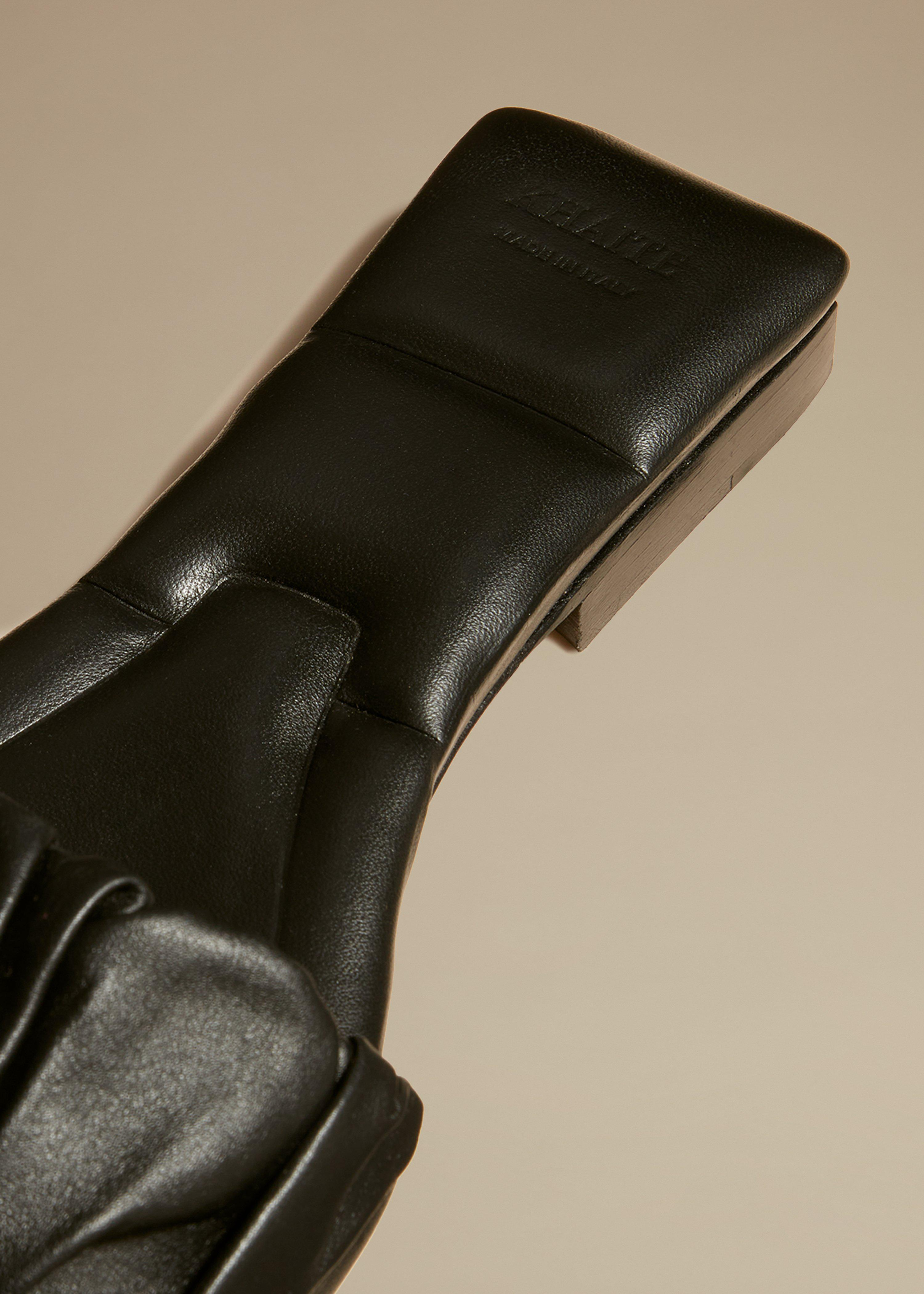 The Crete Flat in Black Leather 3