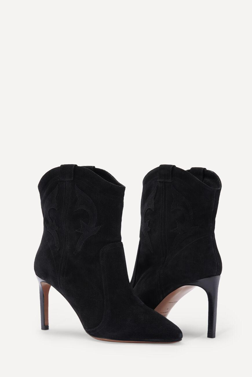 caitlin.SUEDE ANKLE BOOTS 1