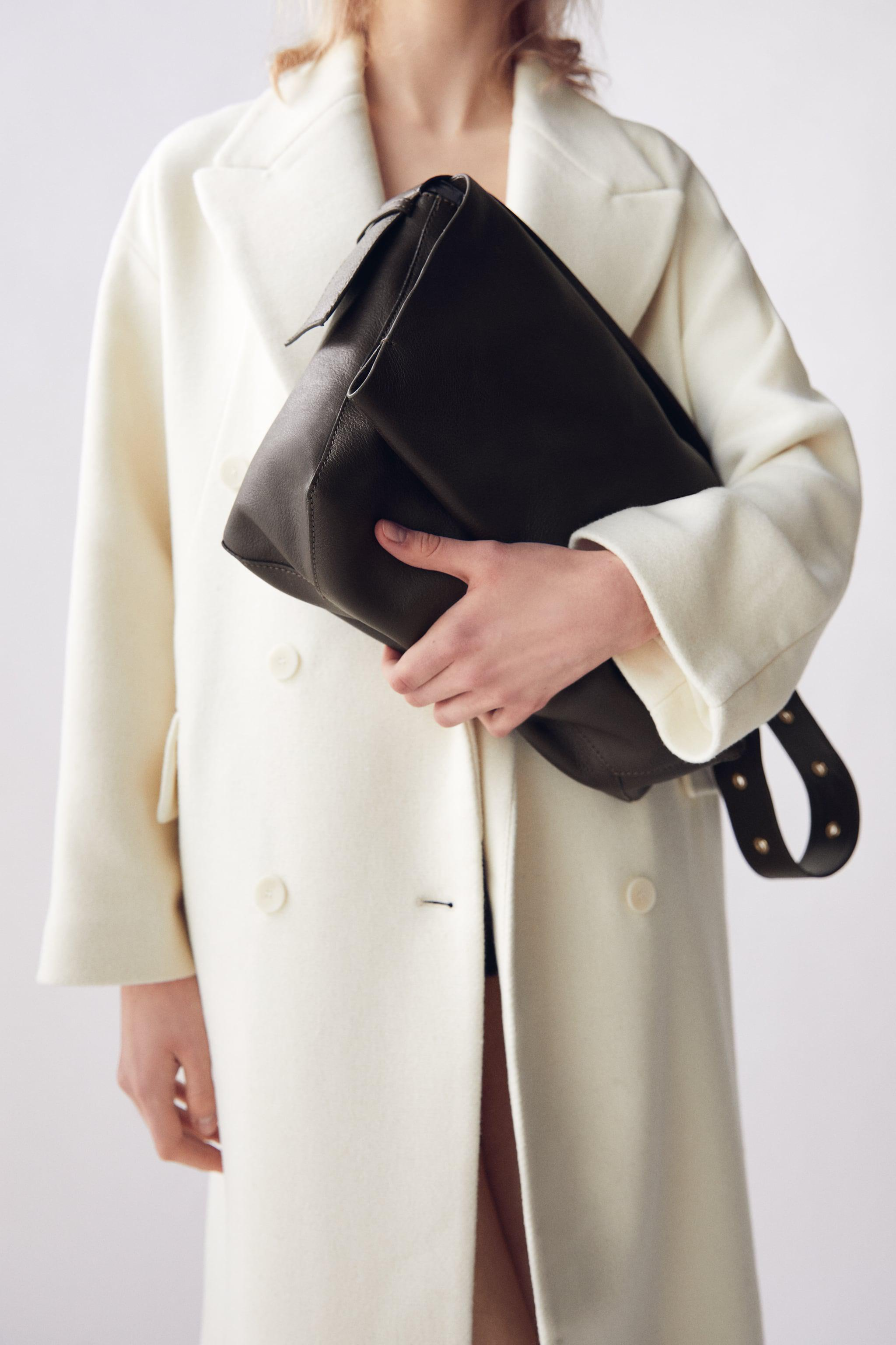 LARGE LEATHER CROSSBODY BAG WITH FLAP
