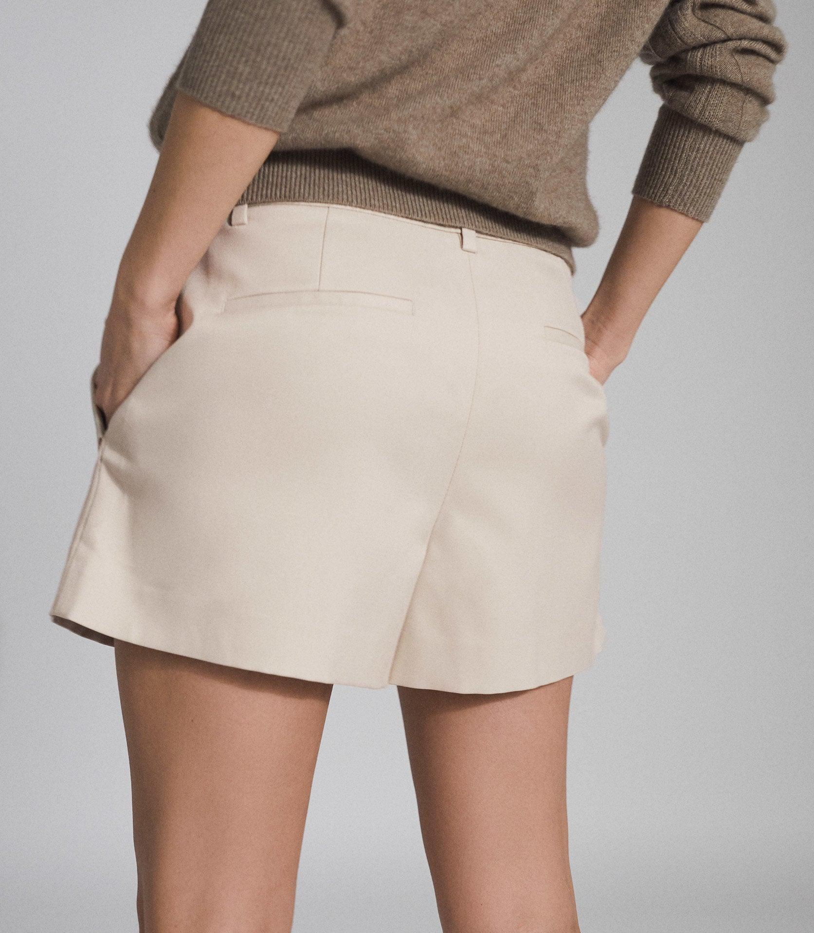 BROOKLYN - POCKET FRONT TAILORED SHORTS 3