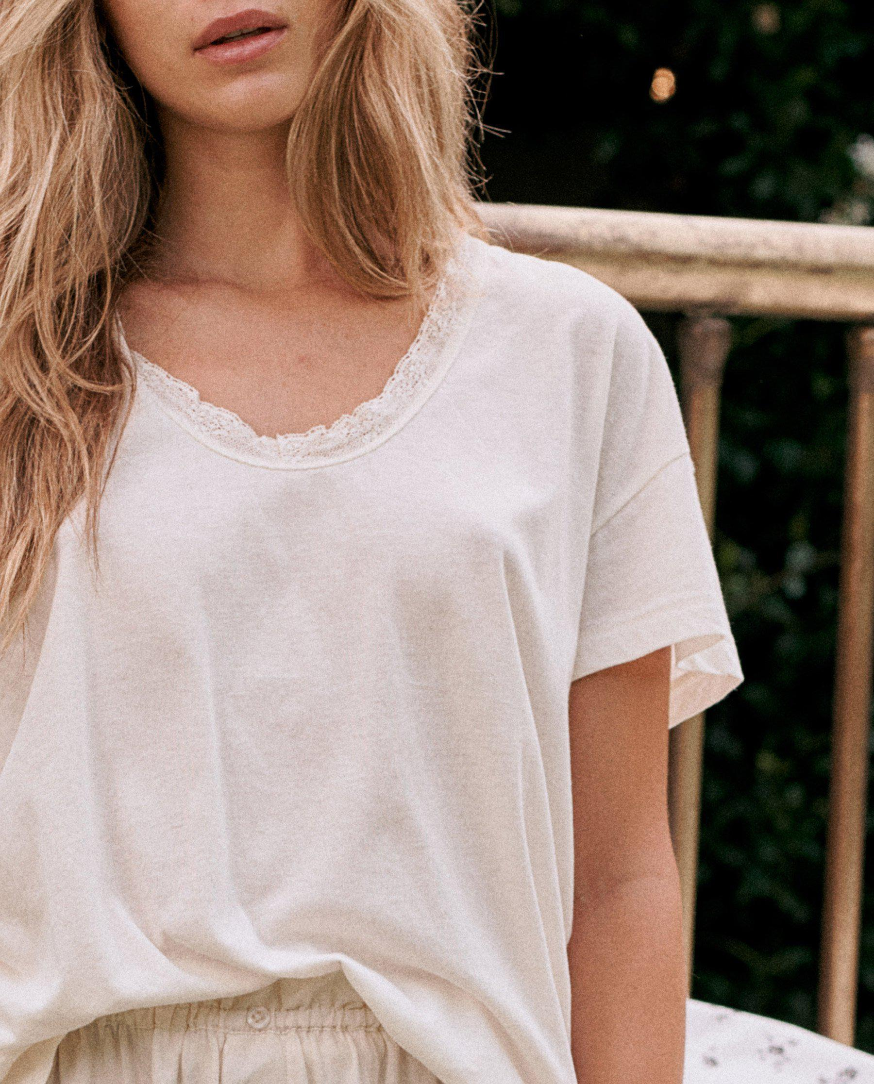 The Lace Tee. -- WASHED WHITE 2