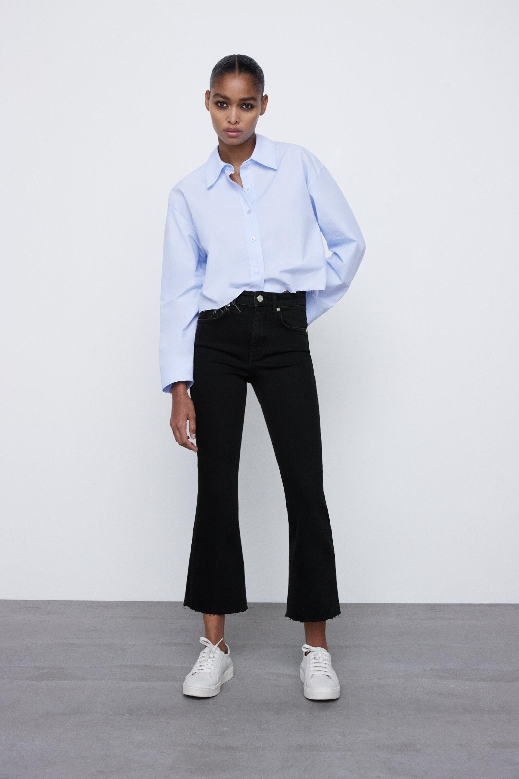 MID-RISE FLARED CROPPED JEANS TRF