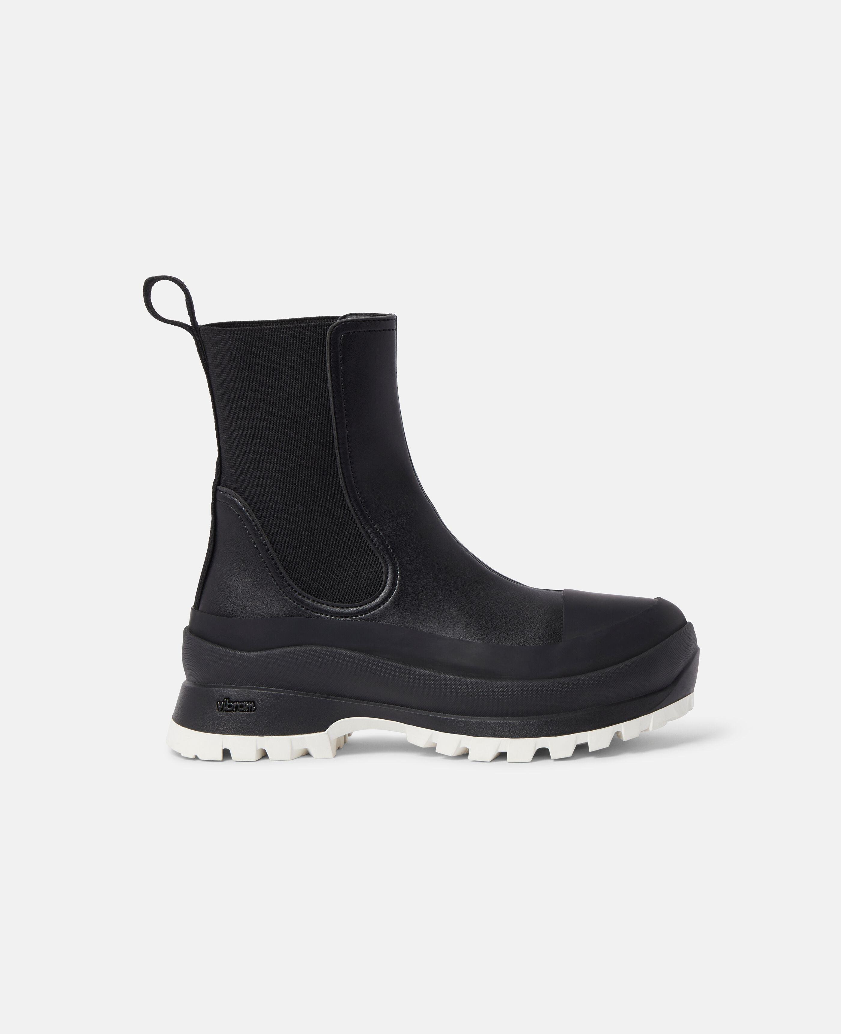 Trace Chelsea Boots