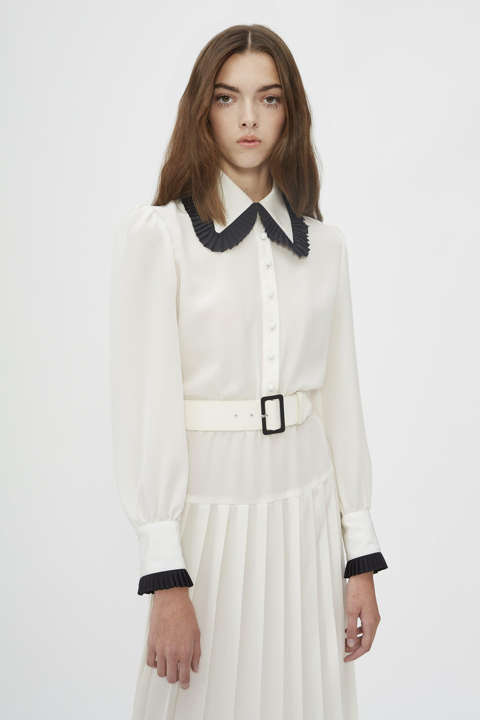 OFF WHITE AND BLACK BELTED SILK PLEATED COLLAR DRESS 2
