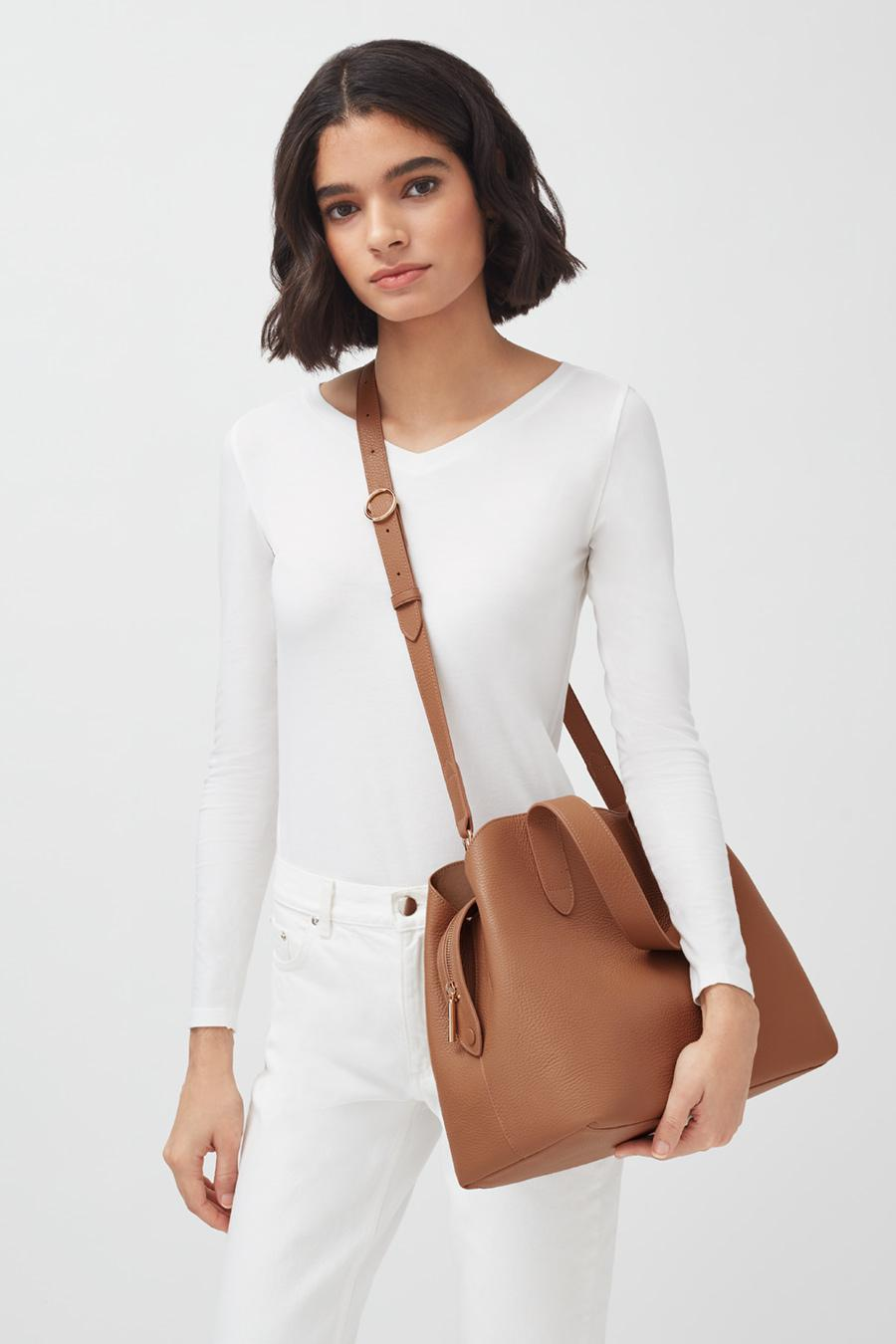Women's Zippered Satchel Bag in Caramel | Pebbled Leather by Cuyana 5