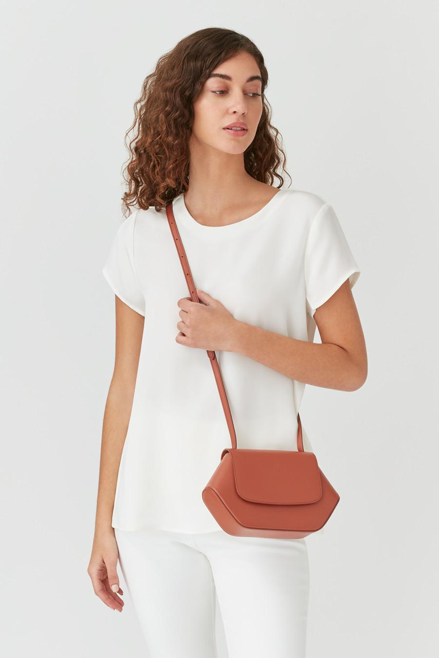 Women's Mini Hexagon Crossbody Bag in Sienna | Smooth Leather by Cuyana 3