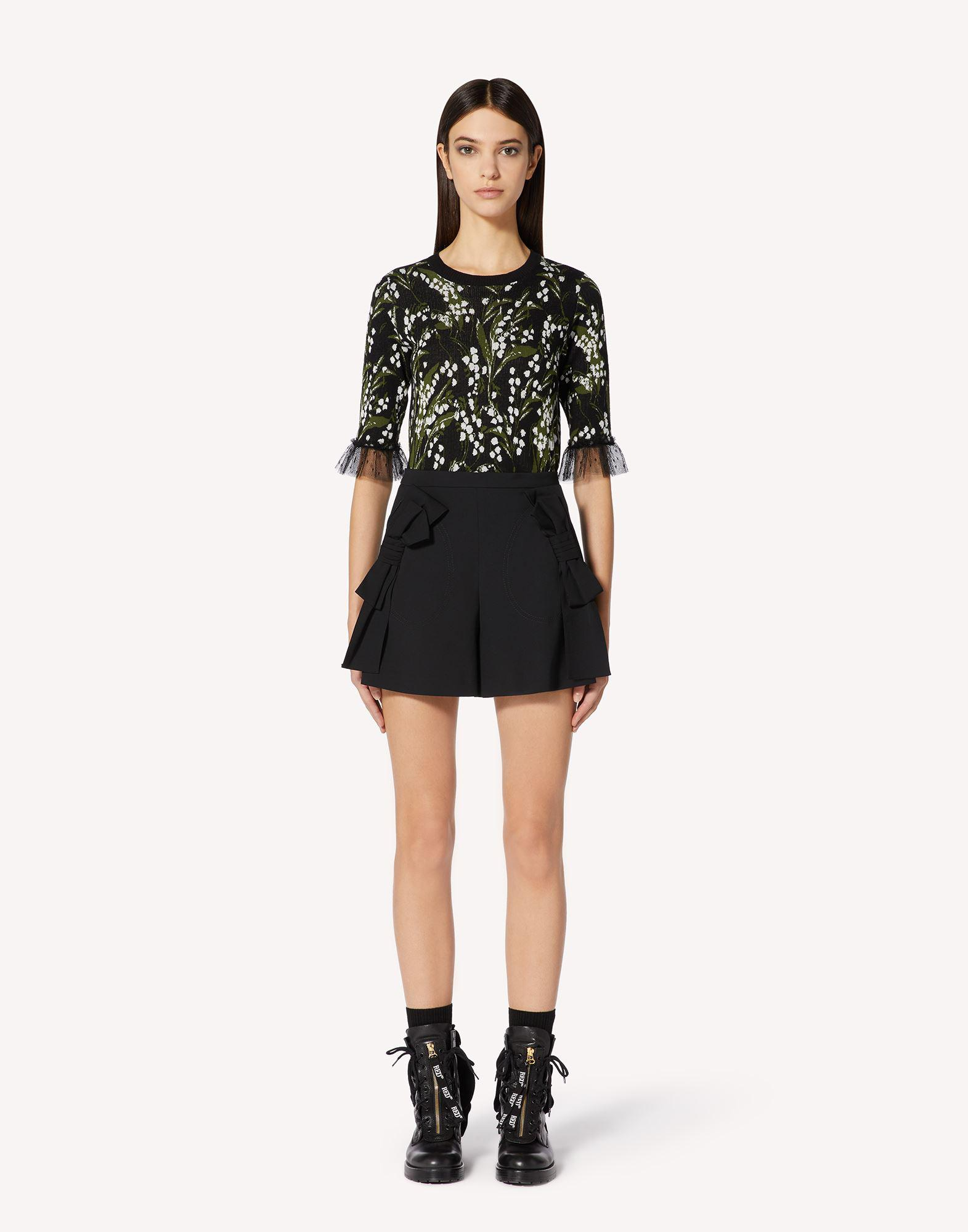 STRETCH VISCOSE WOOL GABARDINE SHORTS WITH BOW DETAIL