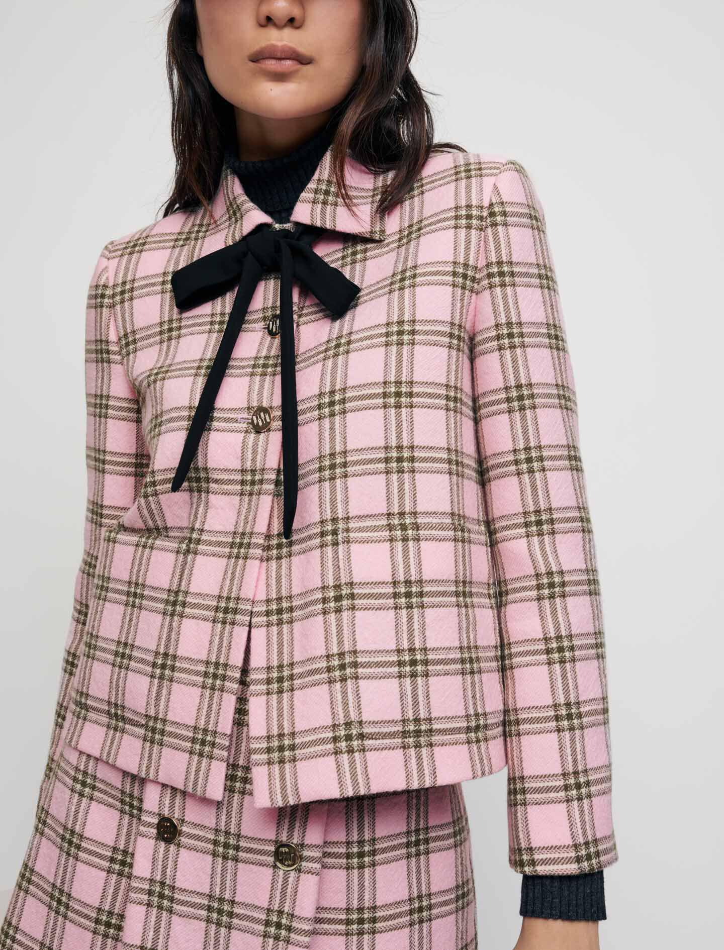 CHECKED JACKET WITH CONTRASTING NECKTIE 2