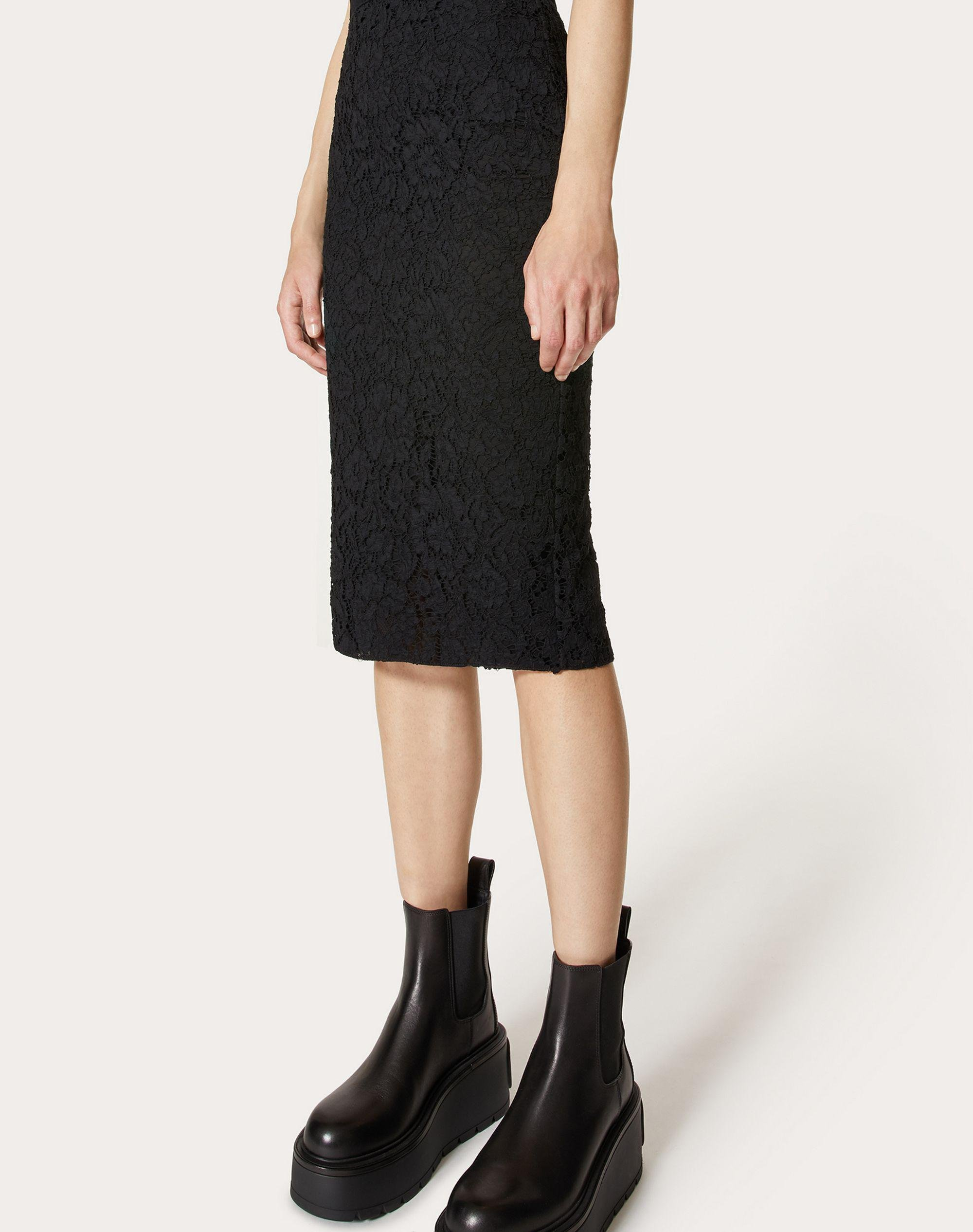 STRETCH HEAVY LACE PENCIL SKIRT 3