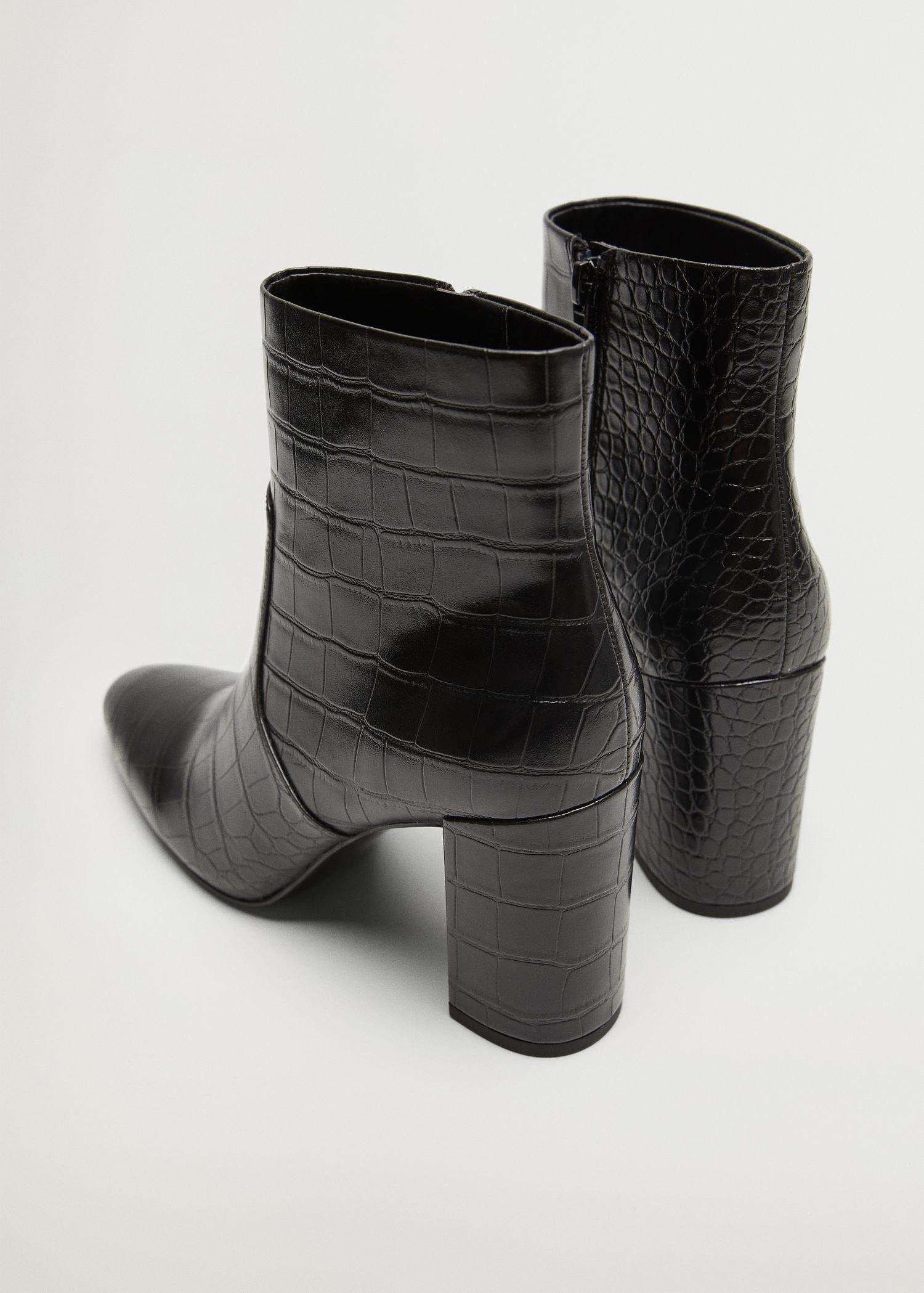Pointed heel ankle boot 2