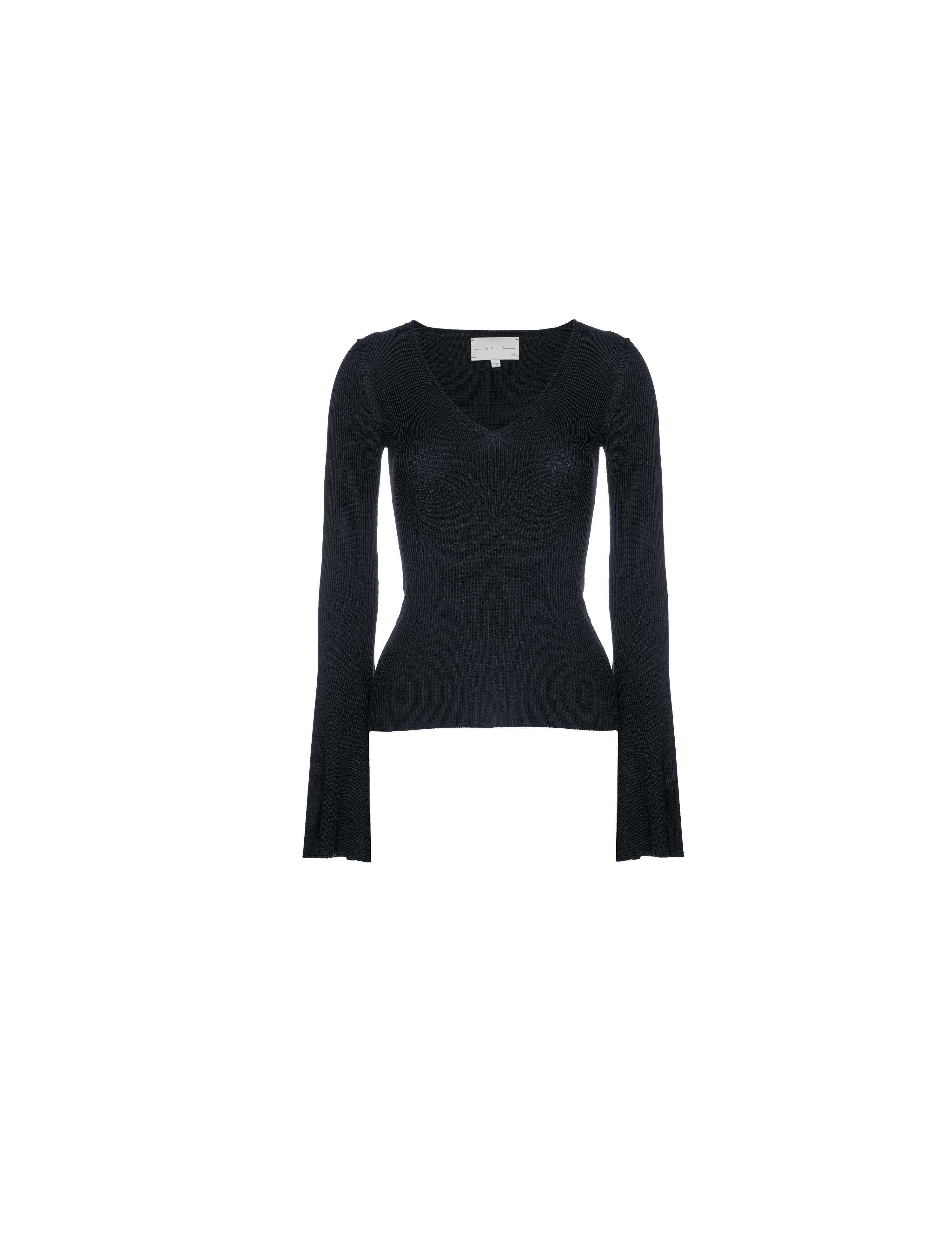 THE ST MORITZ WOOL FITTED VNECK KNIT 0