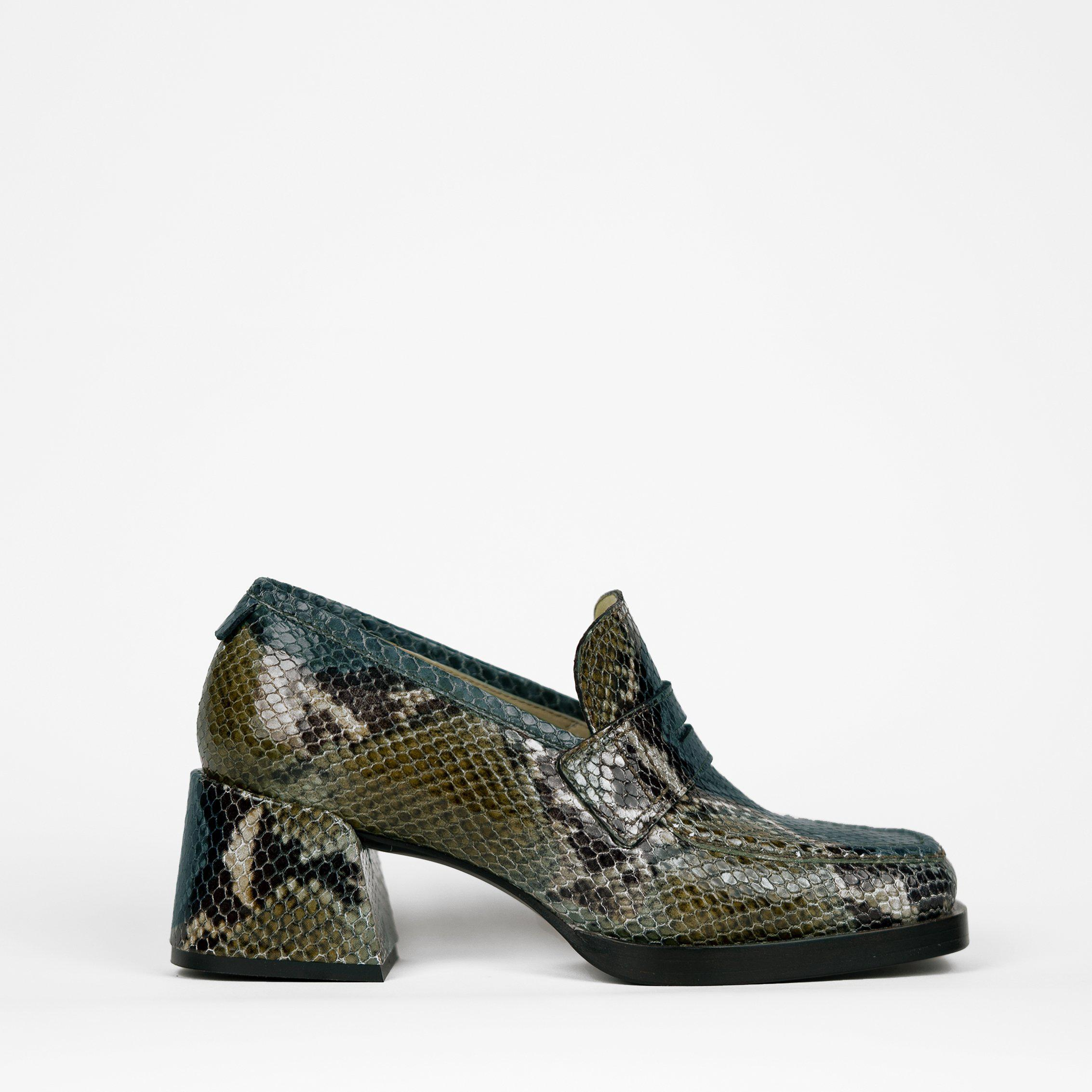 Kitty Loafer Olive