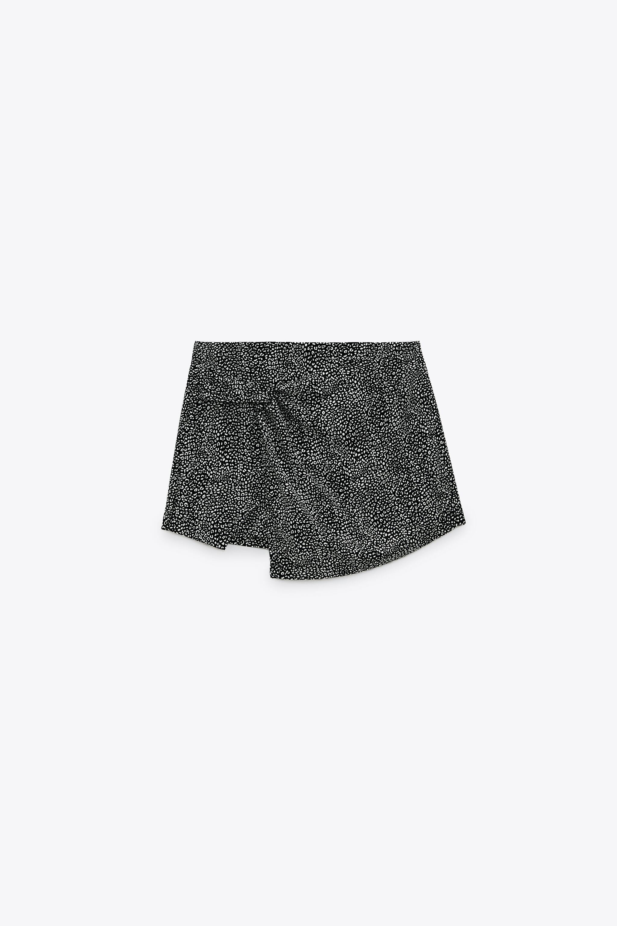 PRINTED SKORT WITH KNOT 5