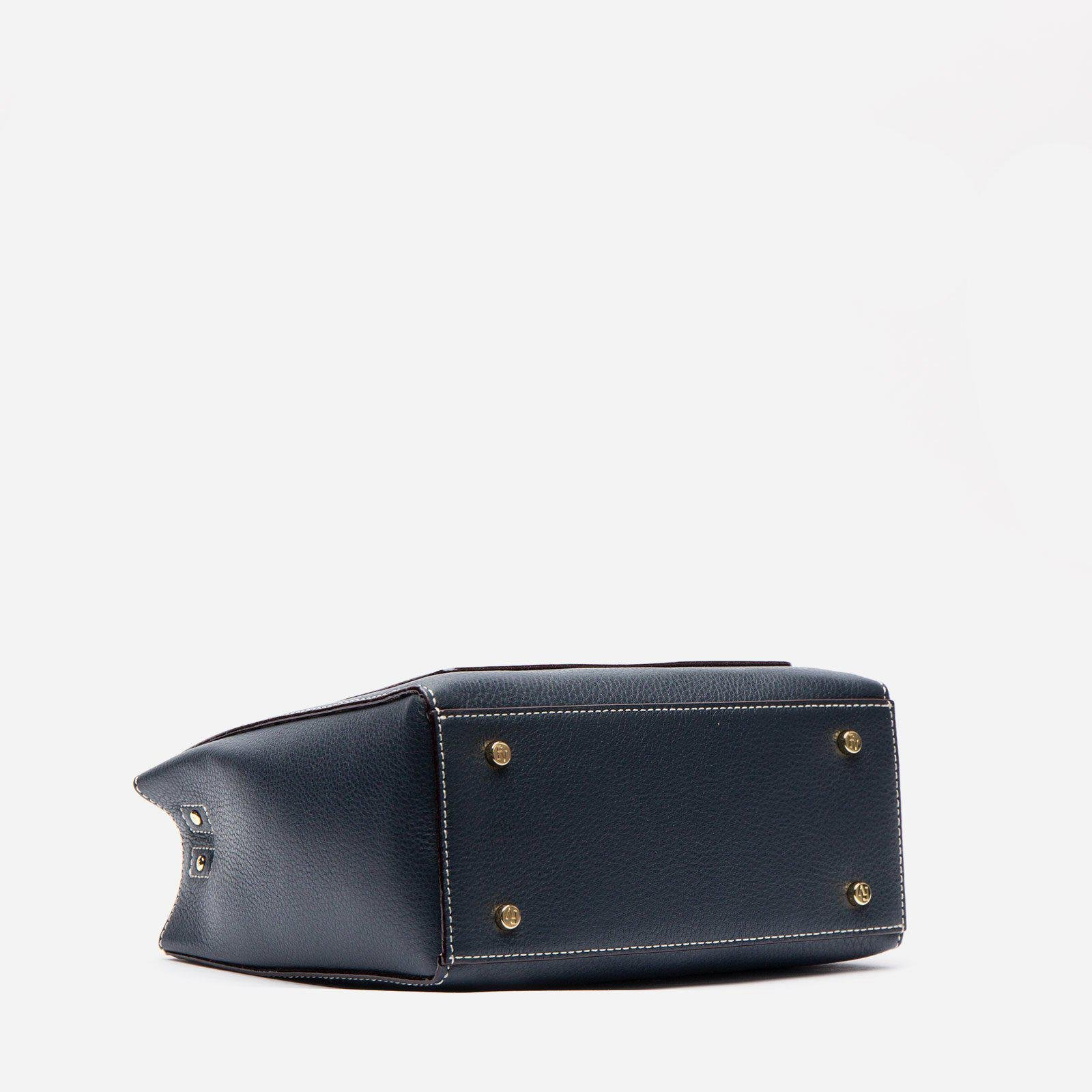 Small Chloe Tumbled Leather Navy 3