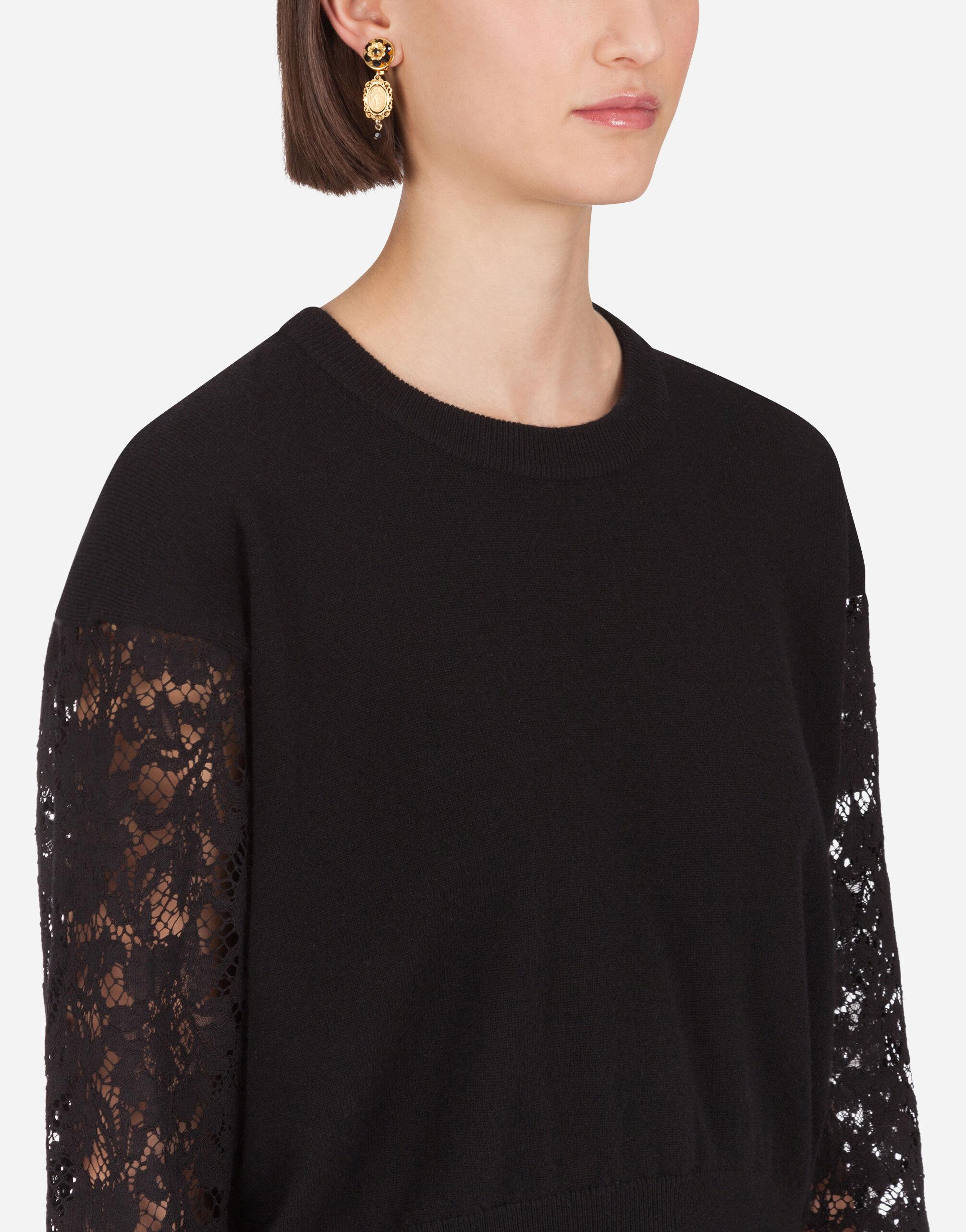 Cashmere sweater with lace sleeves 4