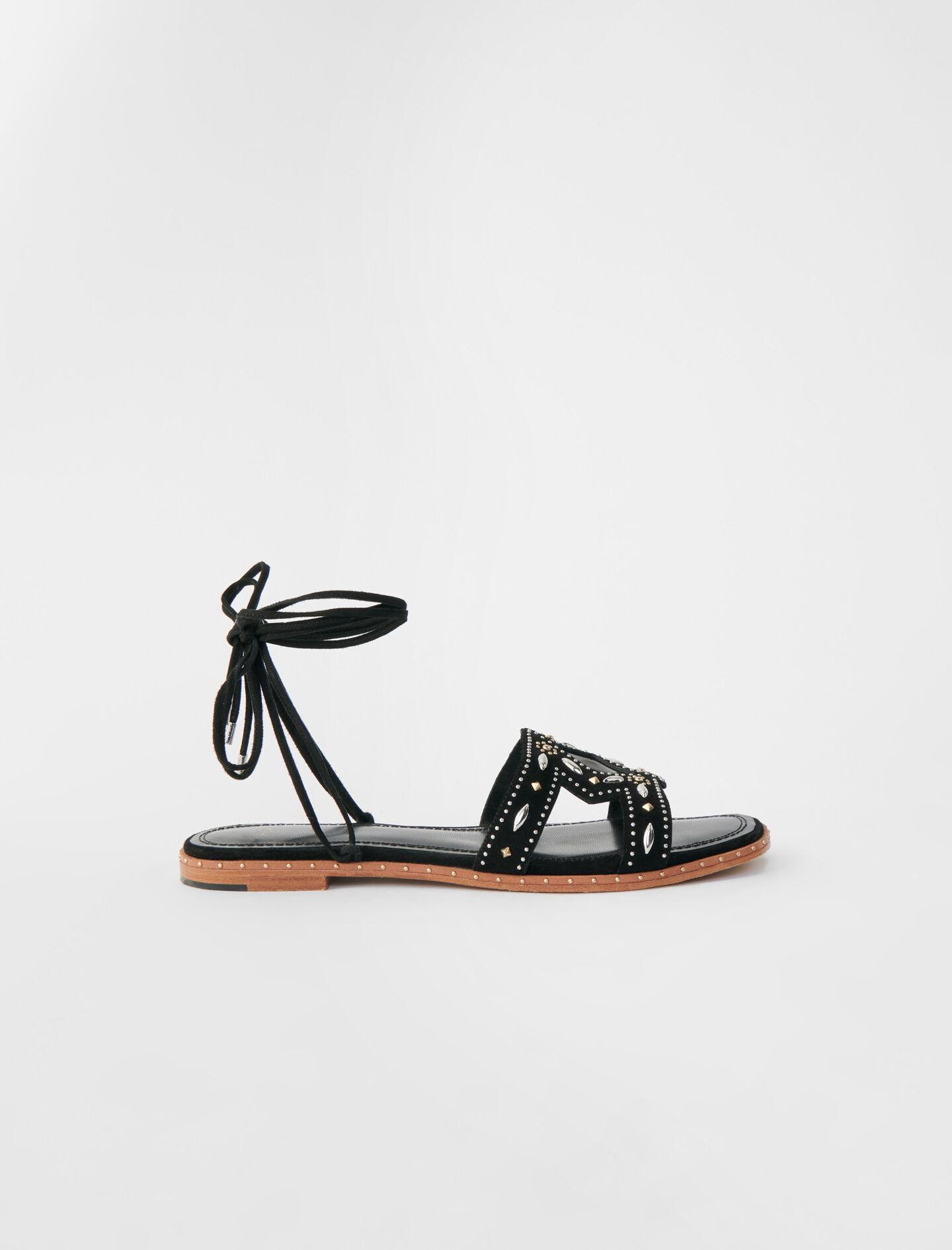 FLAT TIE SANDALS WITH STUDS