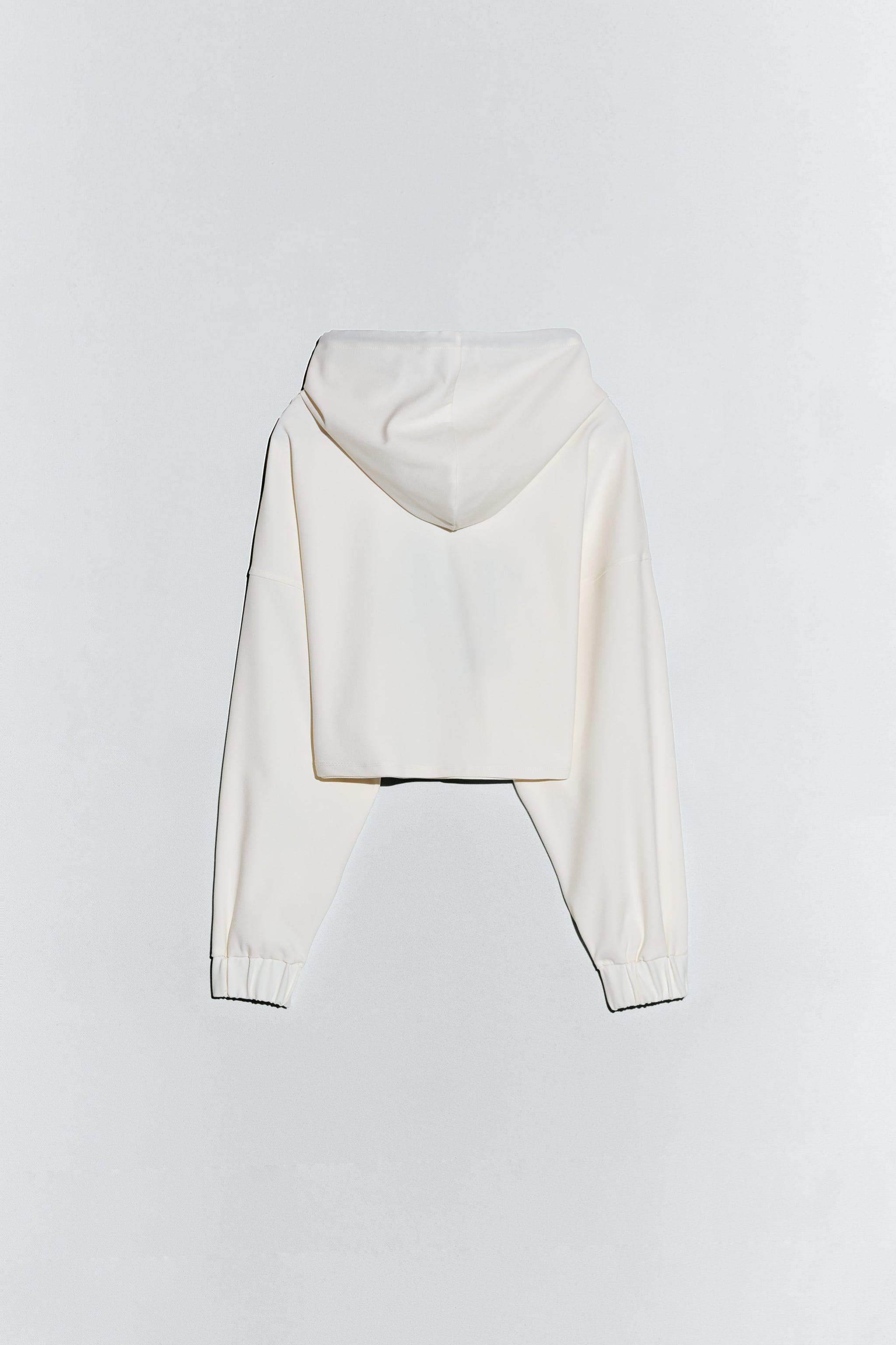 HOODED CROPPED TOP 7