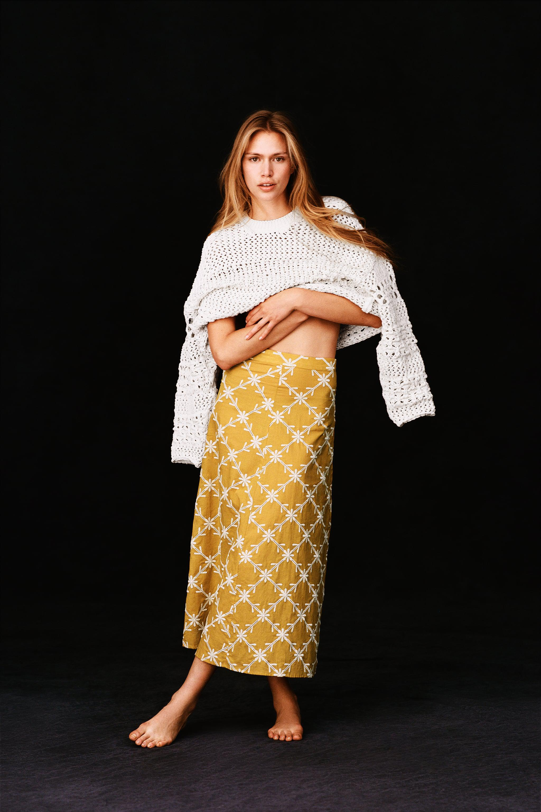 EMBROIDERED CAPE SKIRT