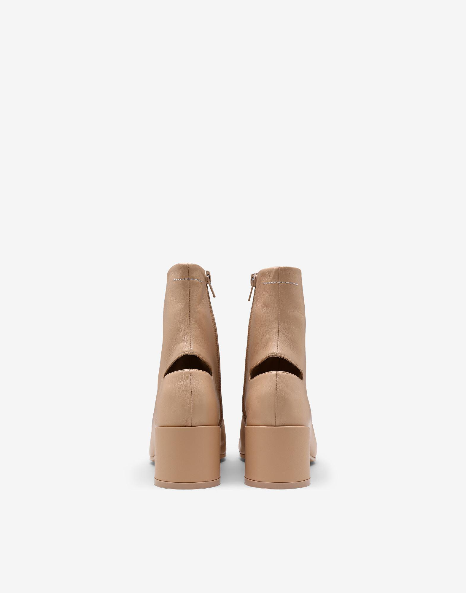 Cut-out leather ankle boots 2