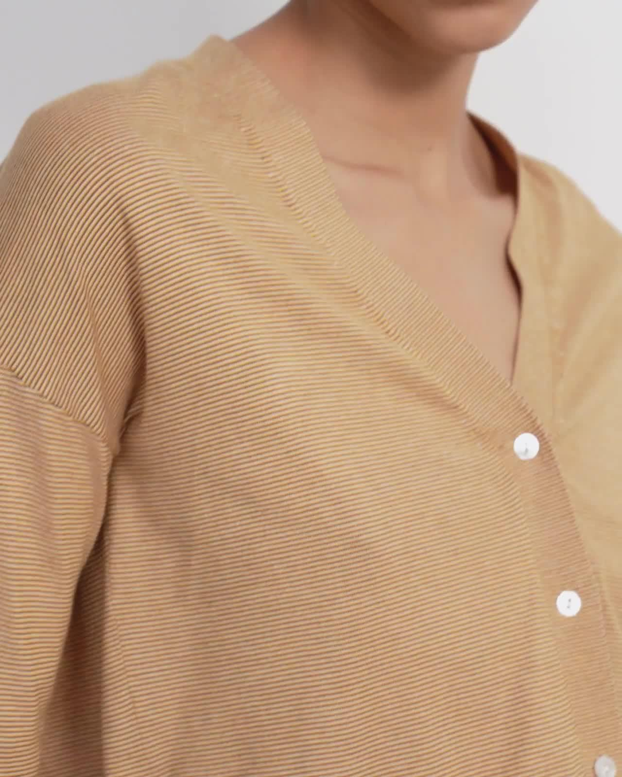 Cropped Cardigan in Cotton 4