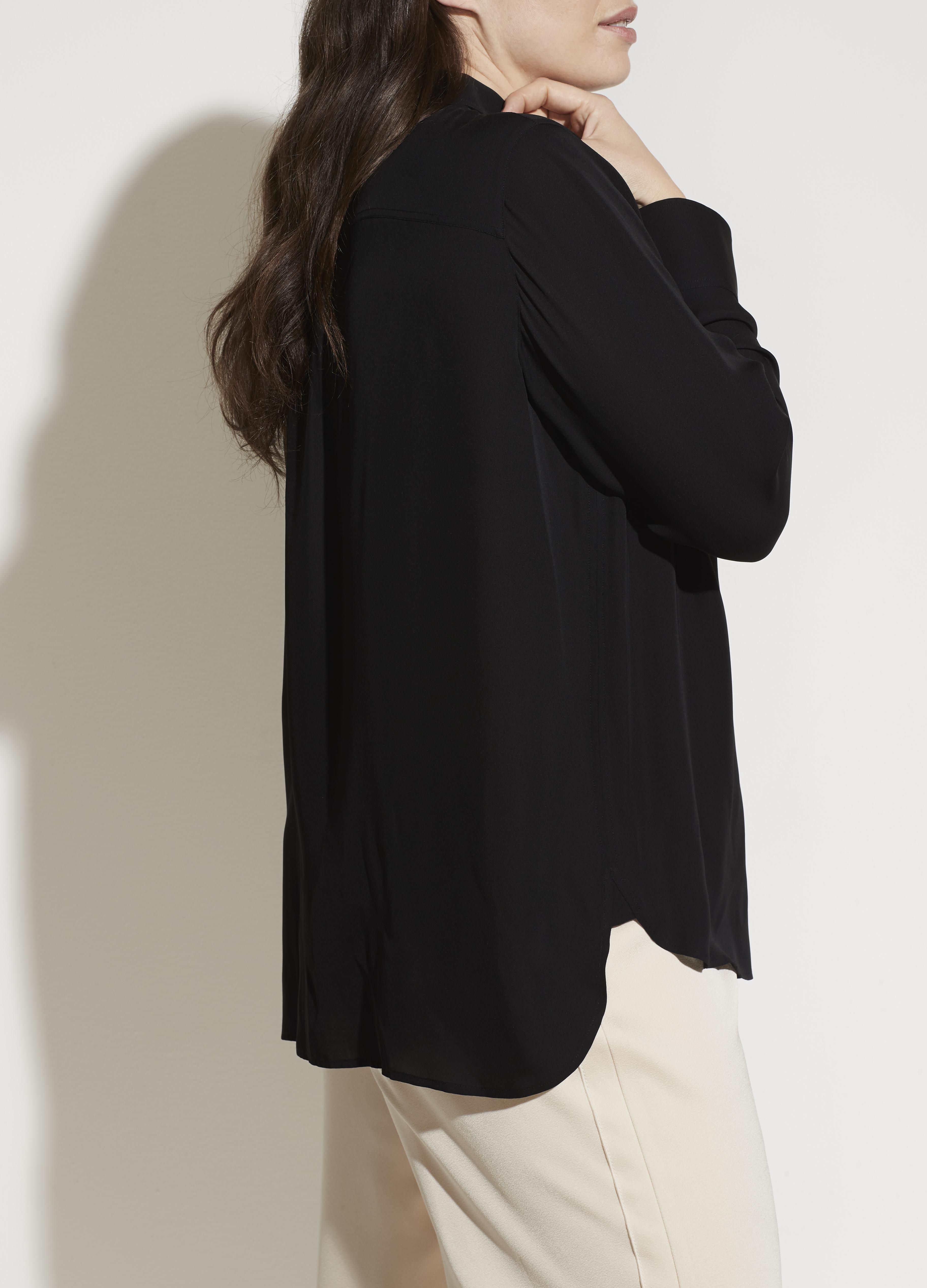 Fitted Stretch-Silk Blouse 2