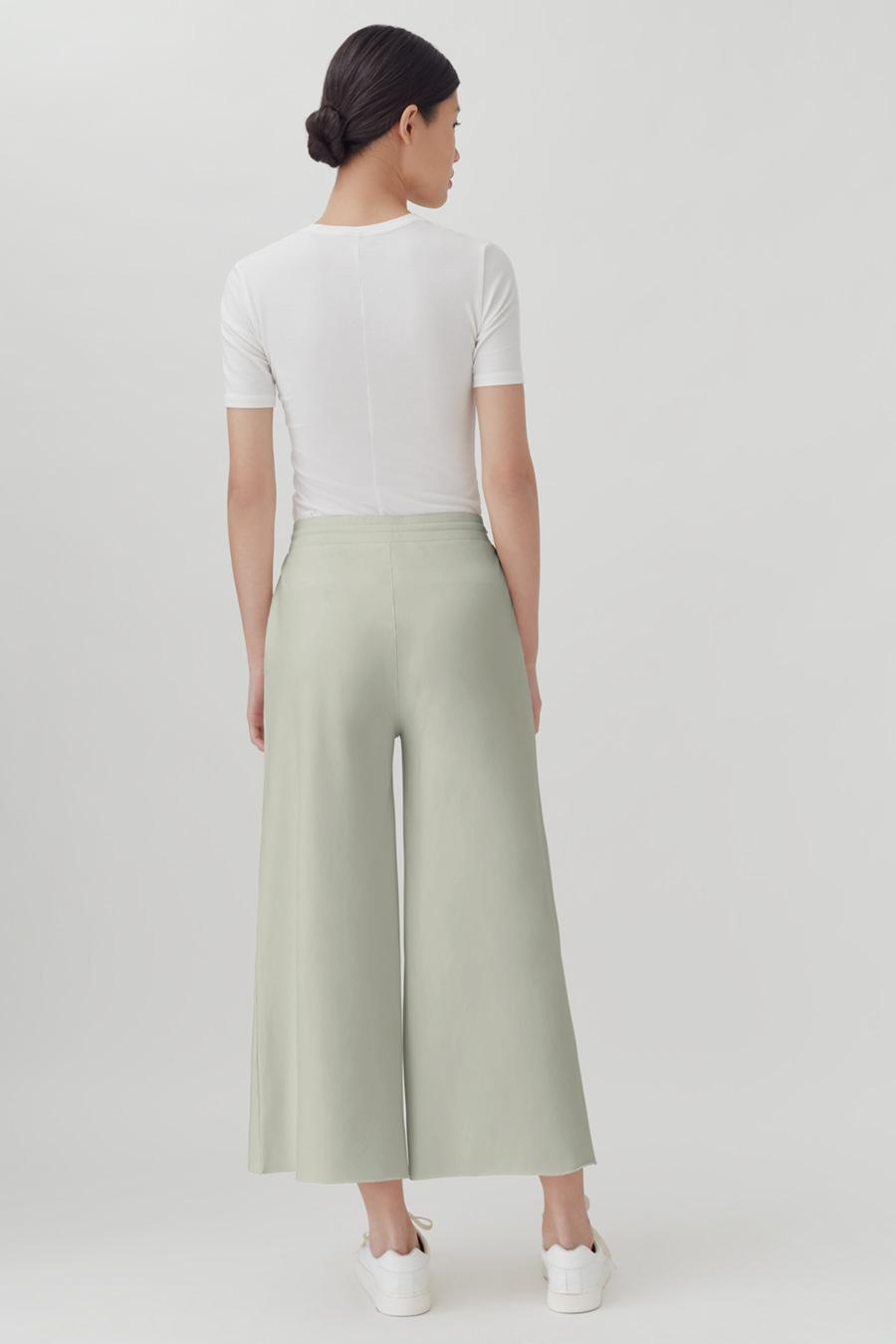 Women's French Terry Wide-Leg Cropped Pant in Sage | Size: 2