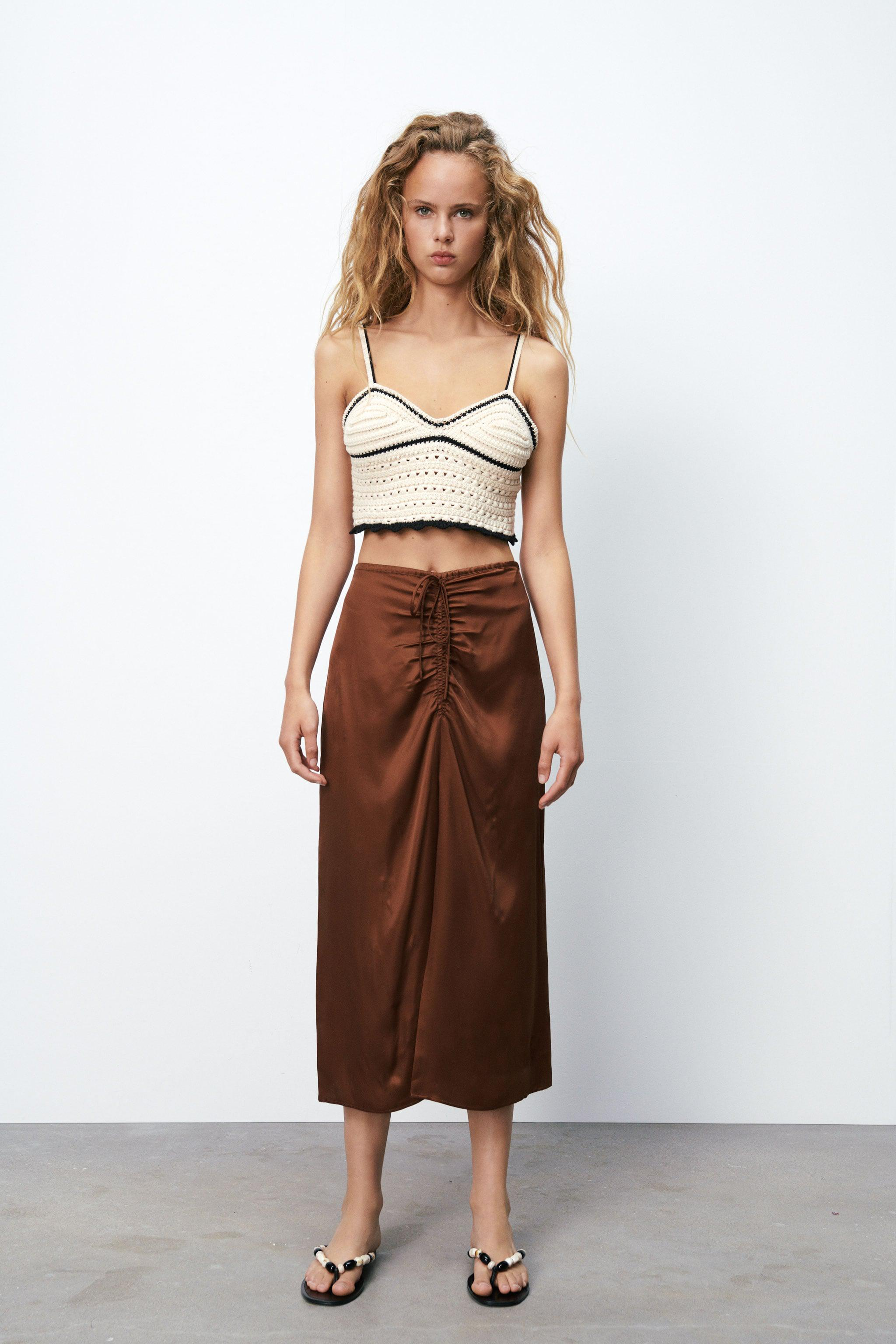 SATIN EFFECT RUCHED SKIRT