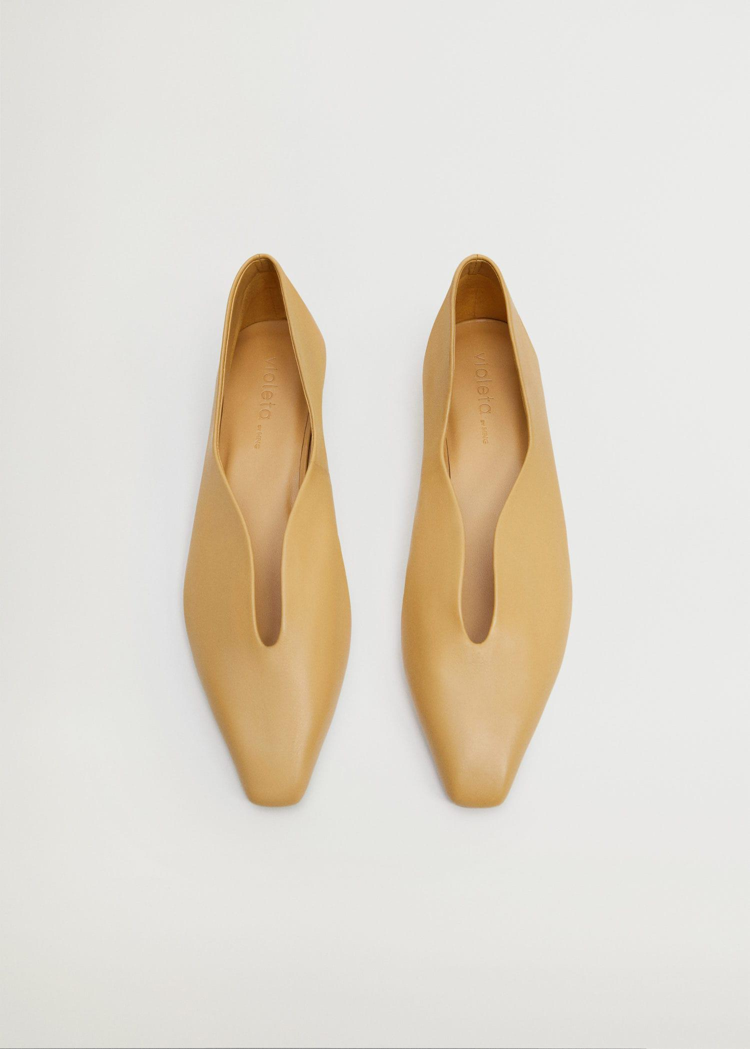 Pointed toe flat shoes 3