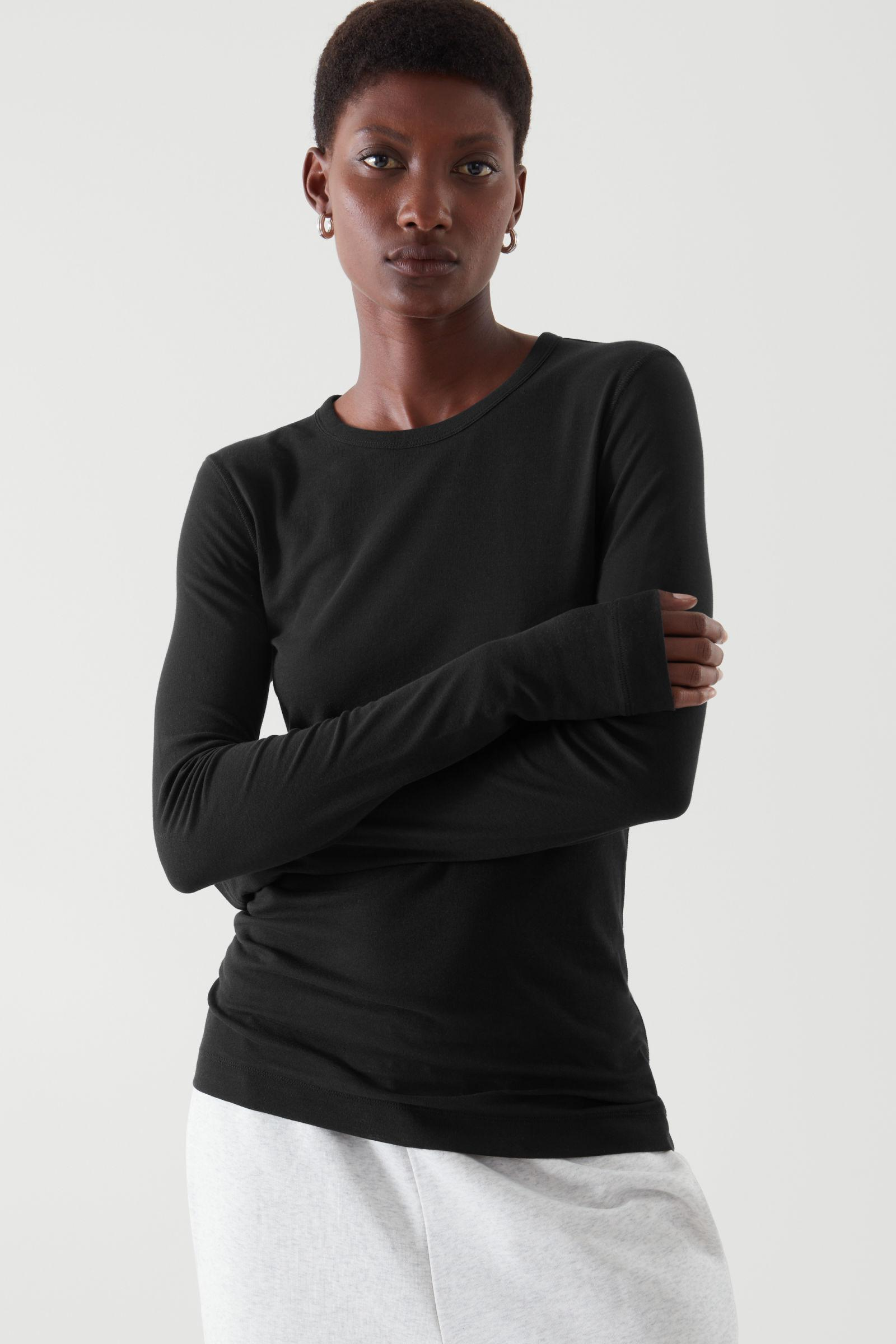 WIDE NECK LONG-SLEEVED TOP