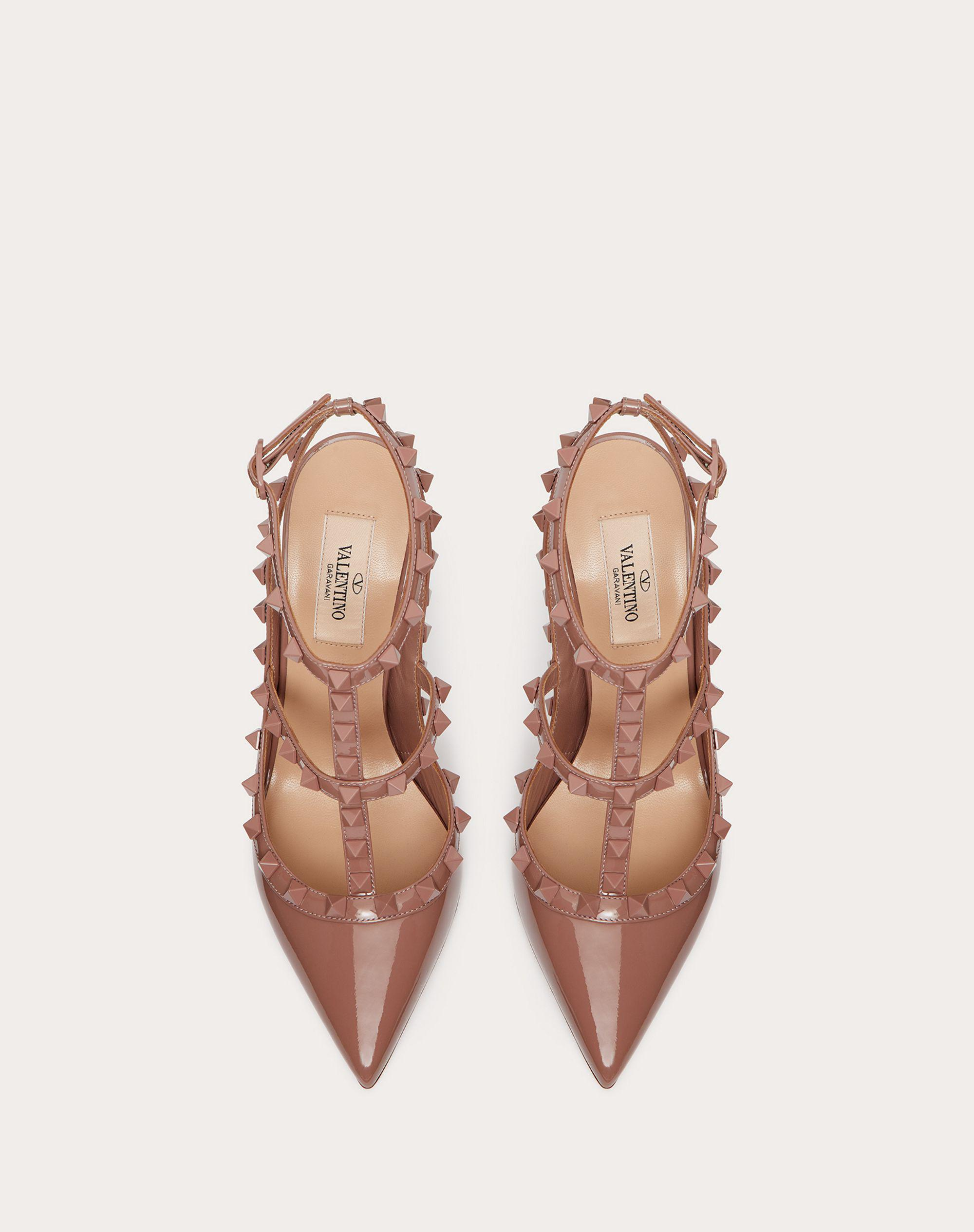 ROCKSTUD ANKLE STRAP PATENT-LEATHER PUMP WITH TONAL STUDS 100 MM 3