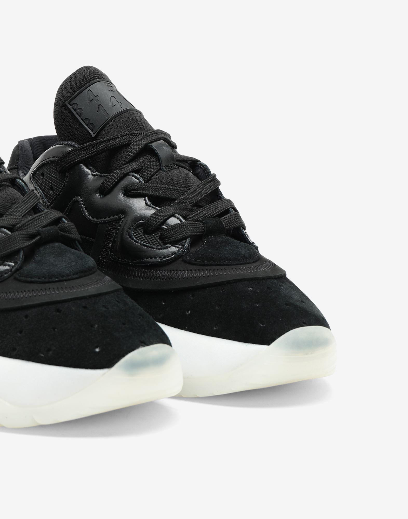 6-cylinder sneakers 4