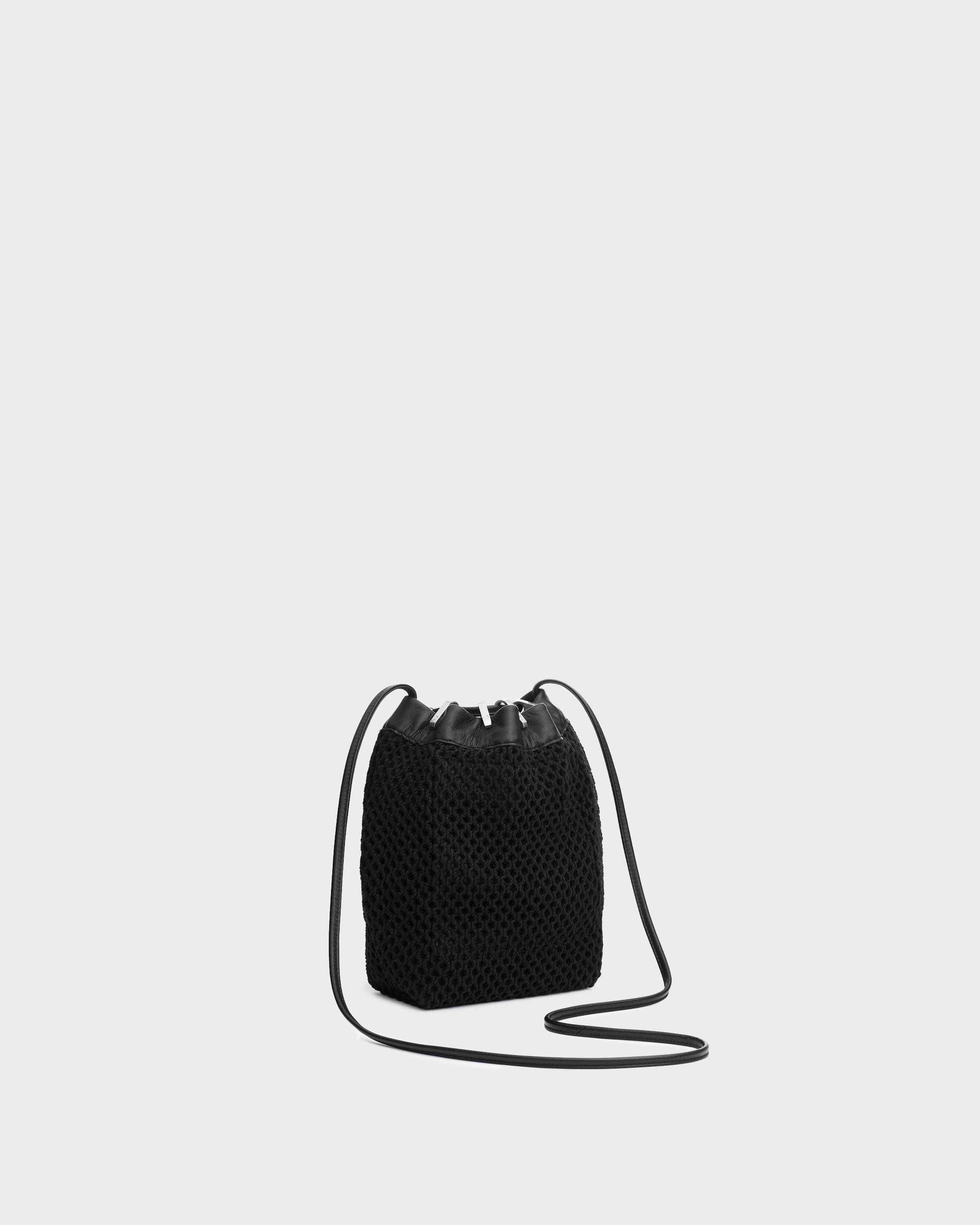 Summer dayton drawstring bag - leather and recycled materials 1
