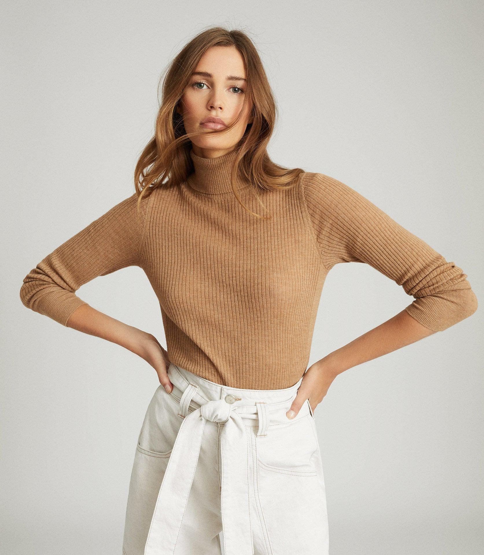 SOPHIE - KNITTED ROLL NECK TOP
