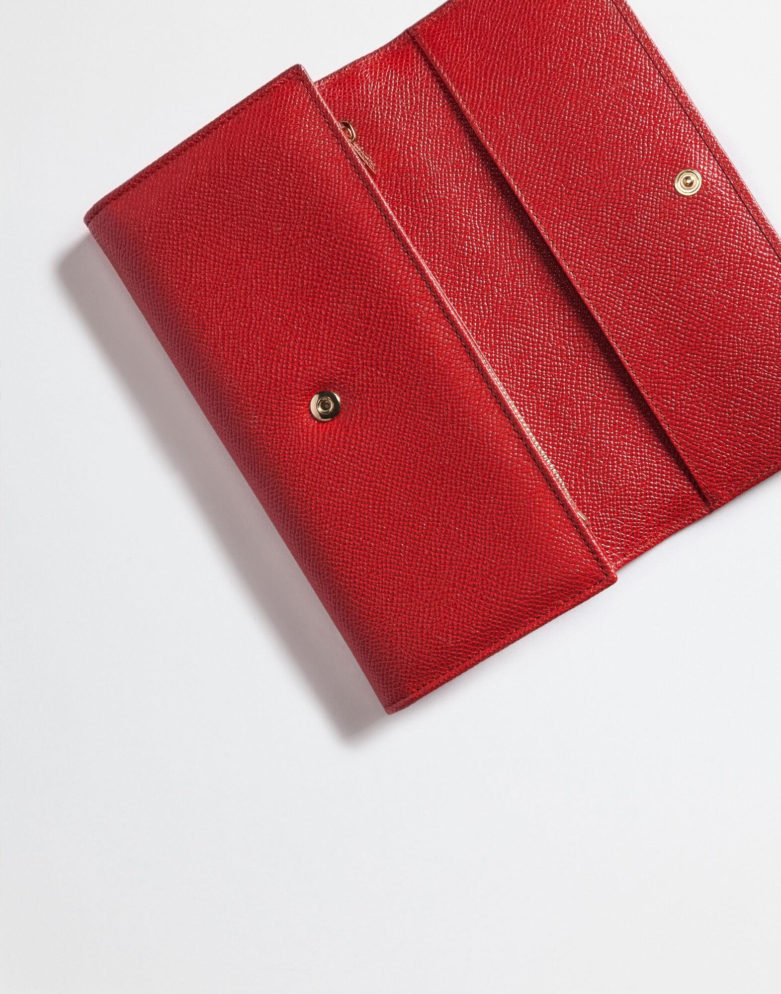Continental wallet in dauphine leather 3
