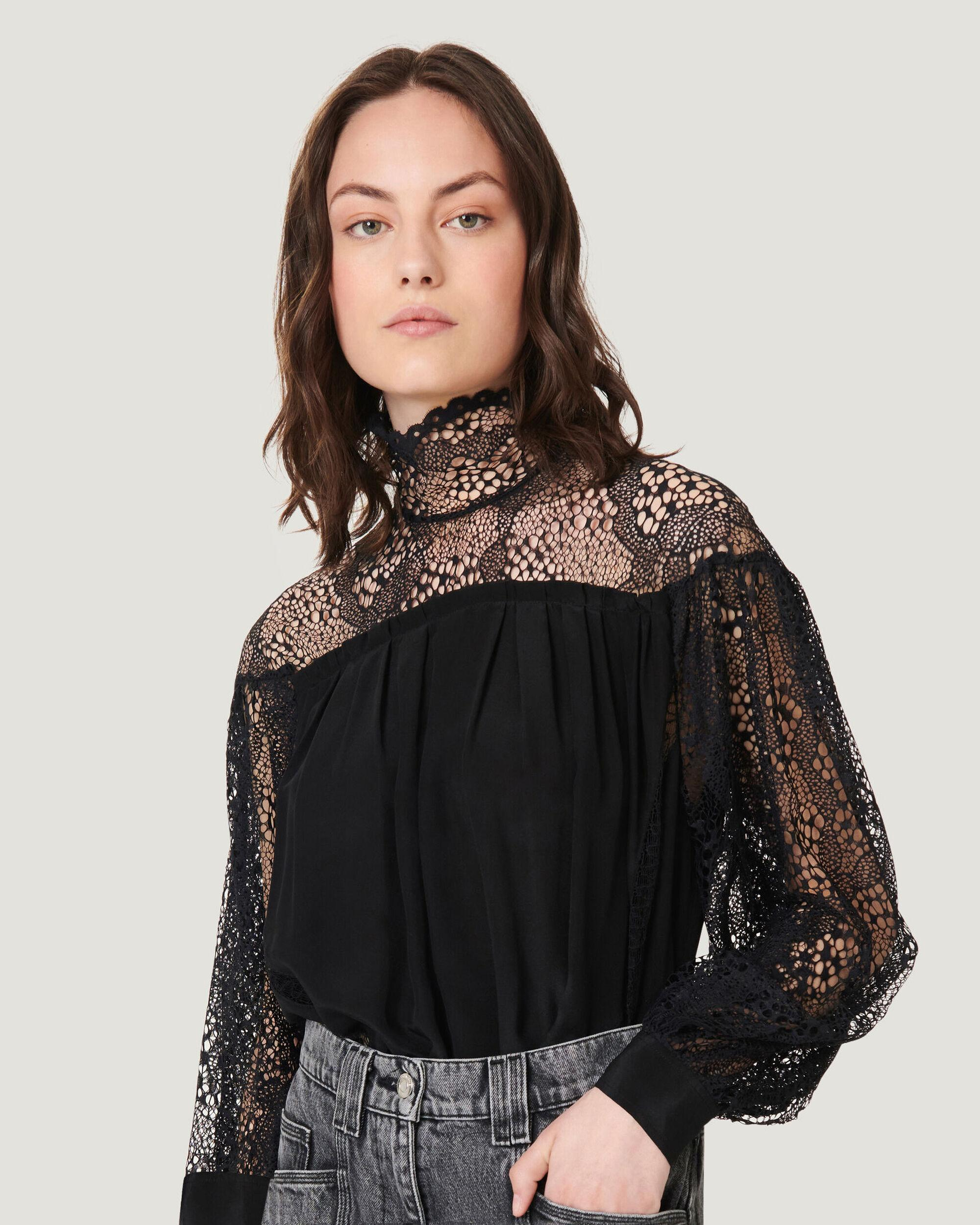 DIGWED OPEN LACE HIGH NECK TOP