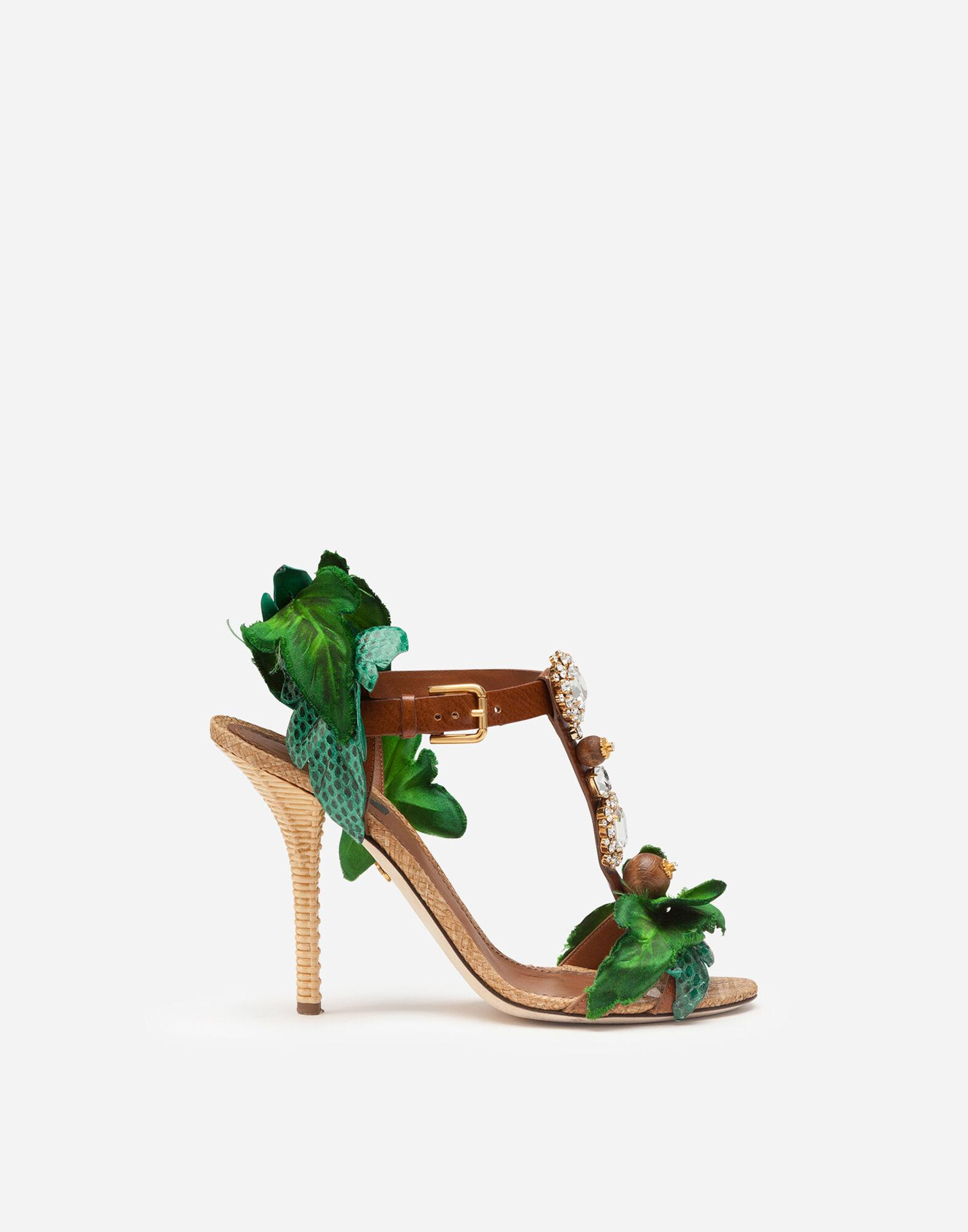 Sandals in cowhide with leaf appliqué and bejeweled embroidery