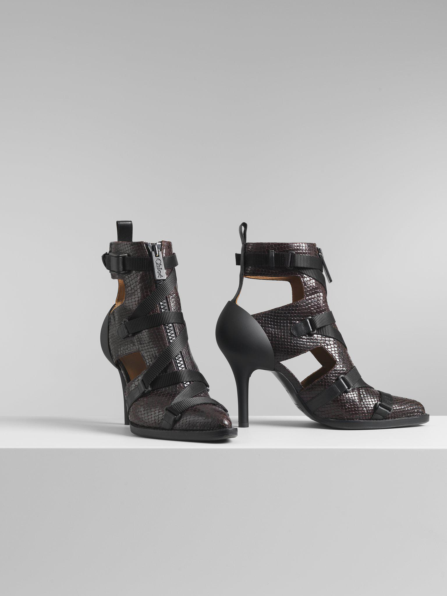 TRACY CUT-OUT BOOT 1