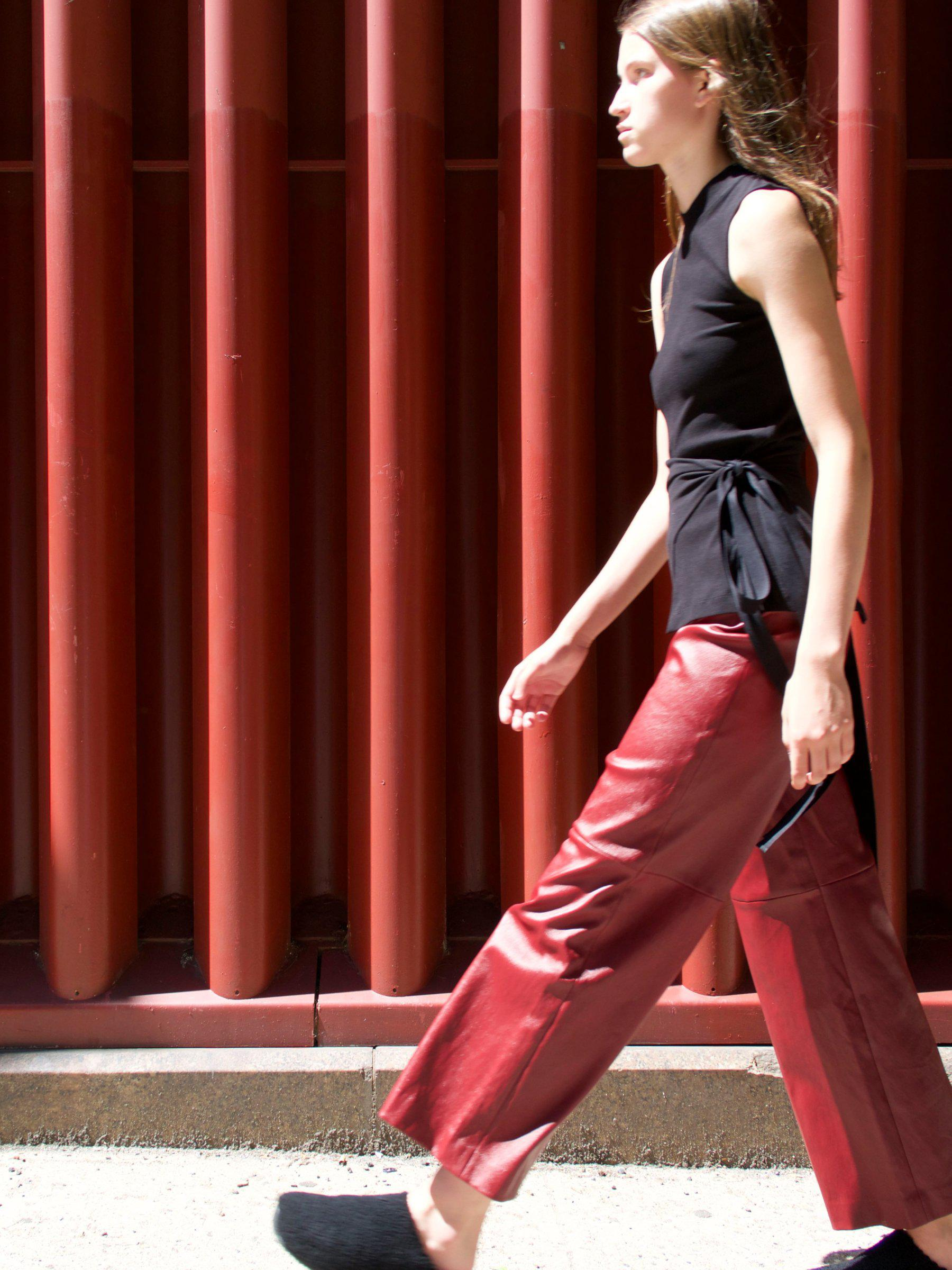 Pull On Cropped Straight Pant