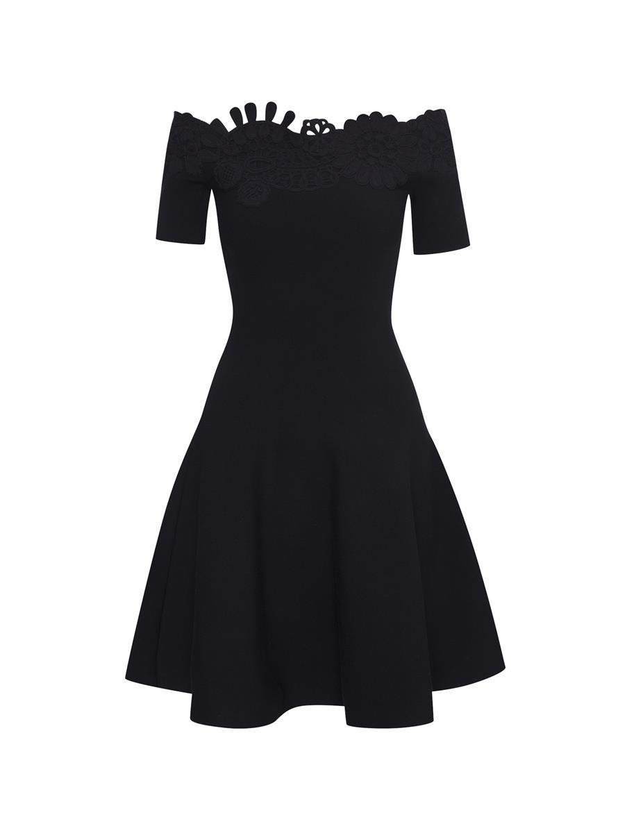 EMBROIDERED FIT AND FLARE KNIT DRESS 3