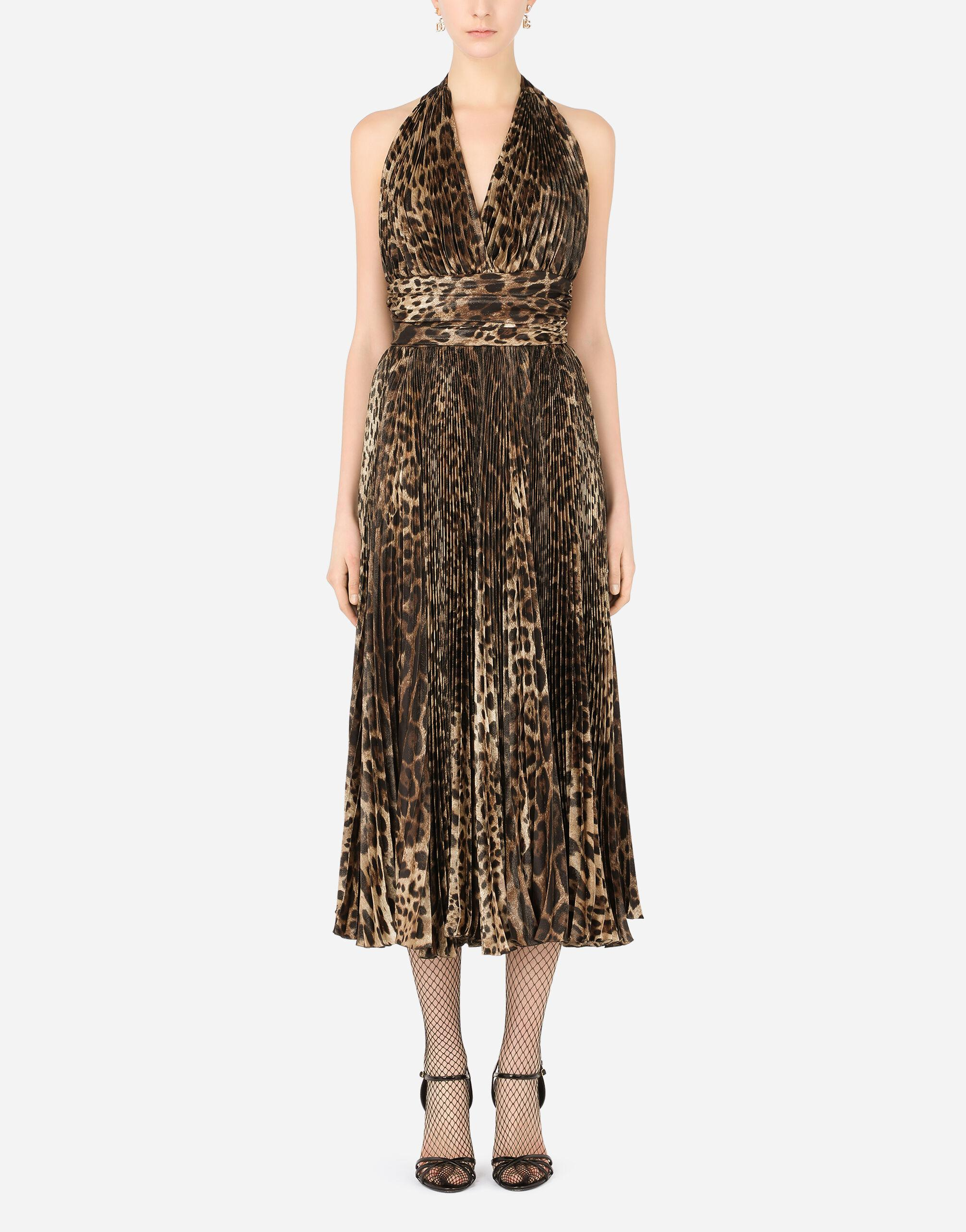 Crepe de chine calf-length dress with leopard print and sunray pleats