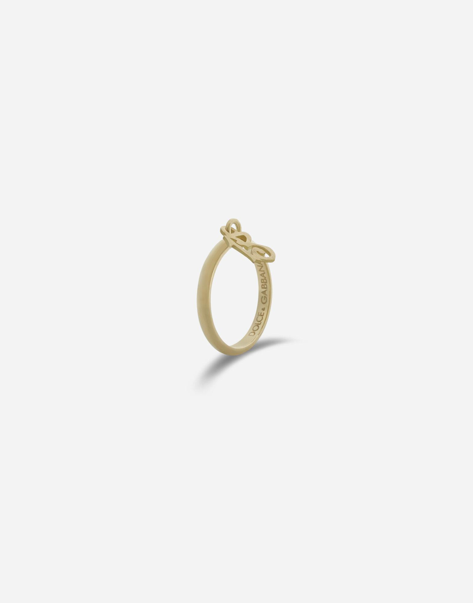 Family ring in yellow gold 1