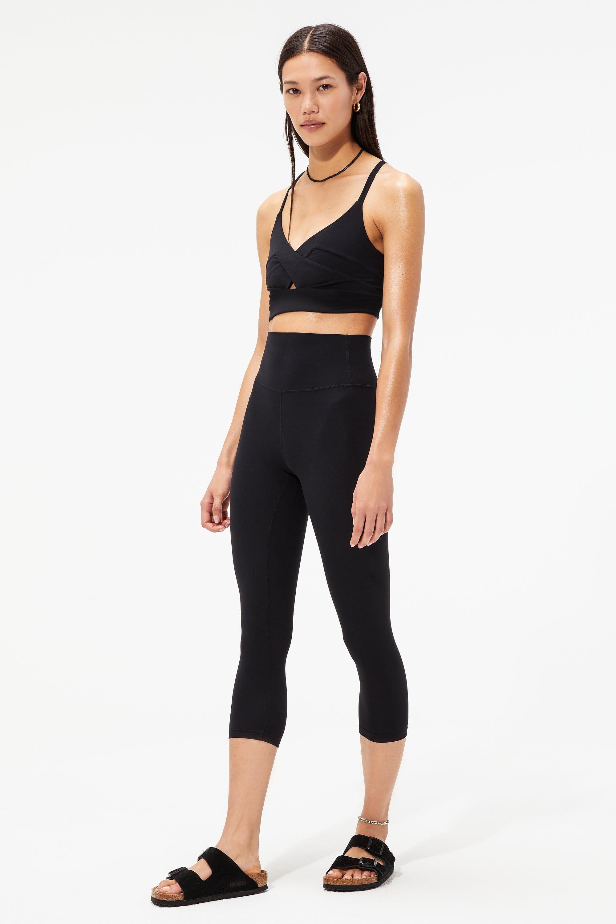 Sophia Airweight Bra And Airweight High Waist Cropped Legging