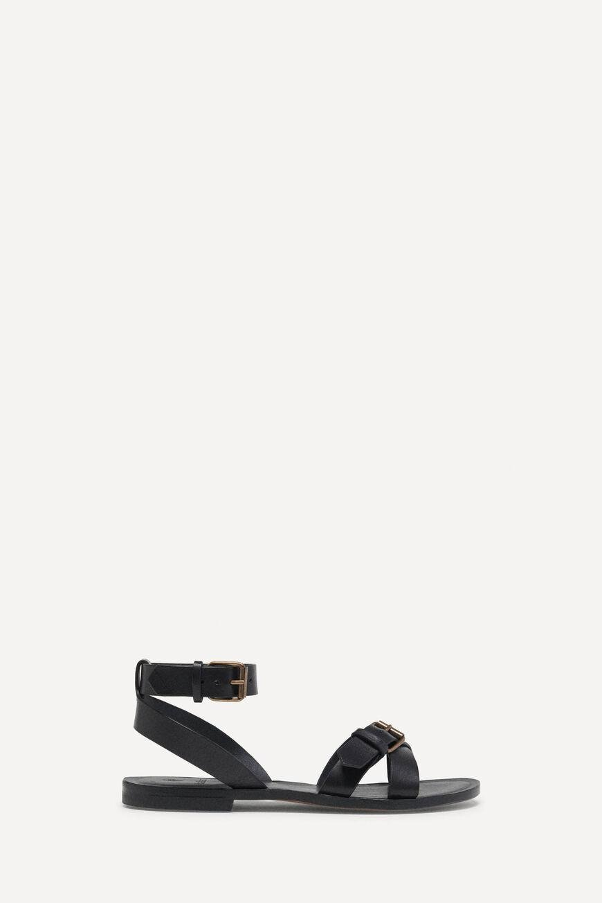 camelia.FLAT SANDALS WITH STRAPS