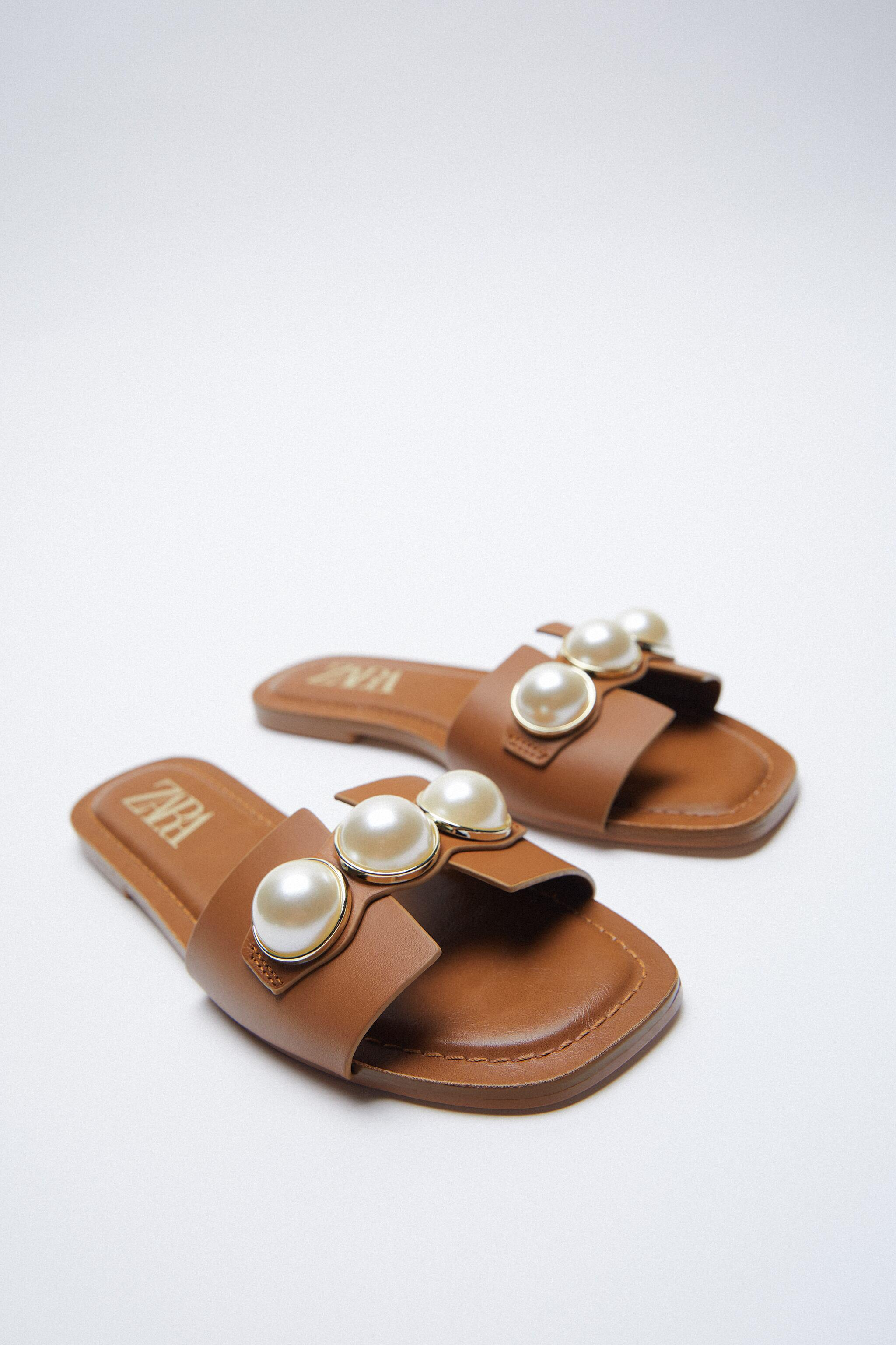 LEATHER SLIDE SANDALS WITH PEARLS 2