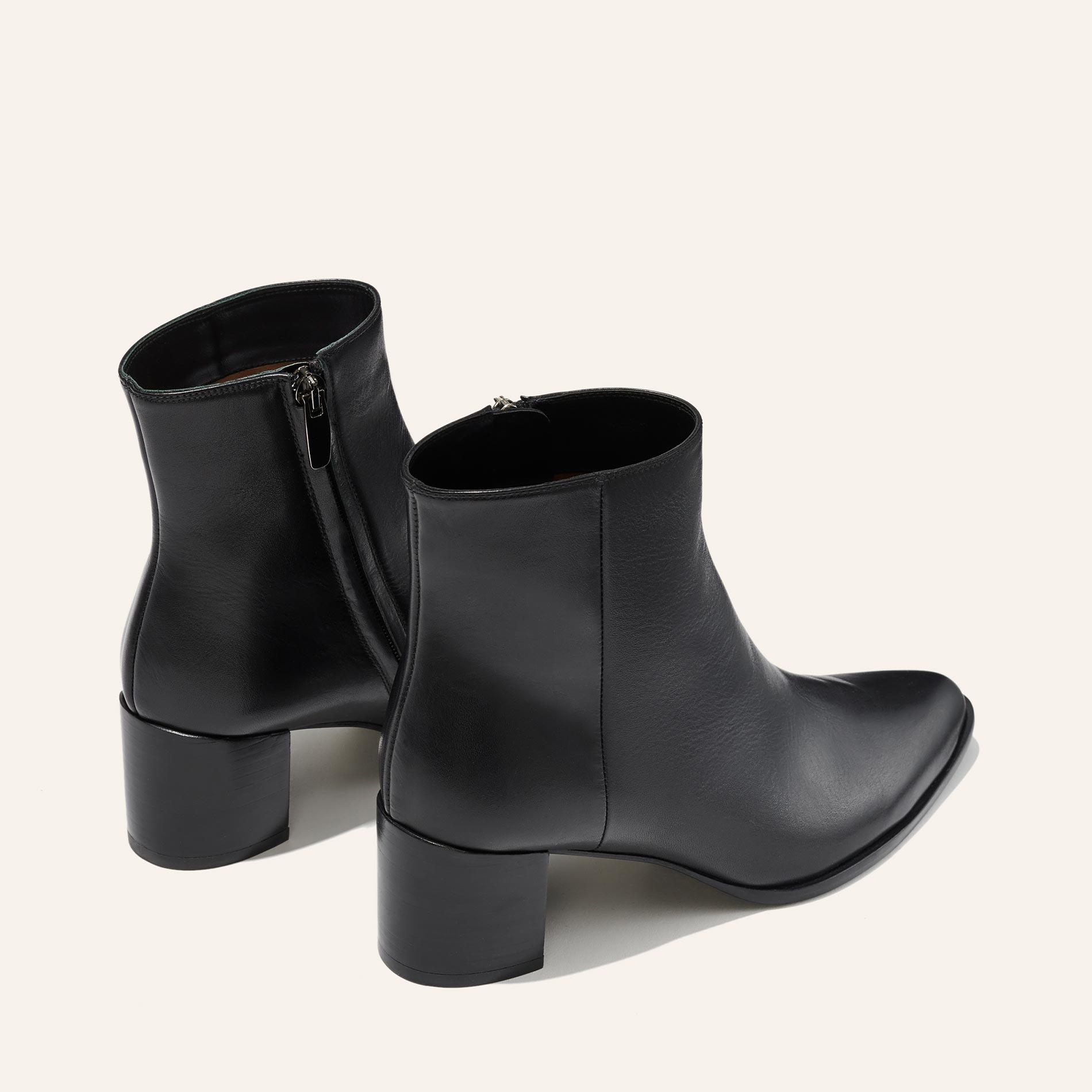 The Downtown Boot - Black Calf 3