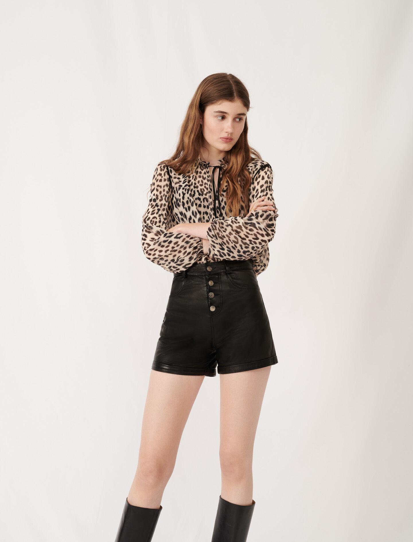 LEATHER SHORTS WITH BUTTON DETAILS