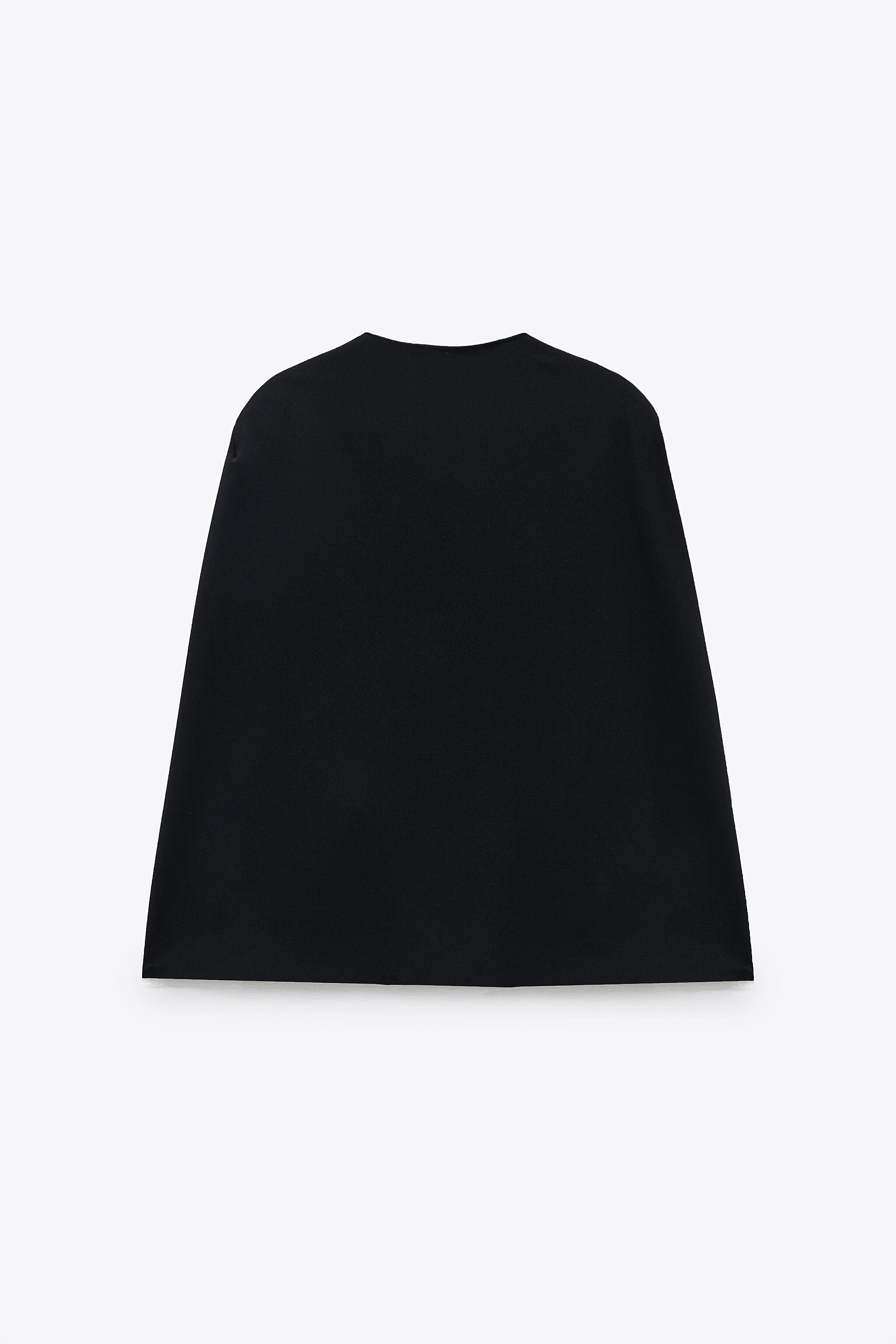 CAPE WITH SLITS 6