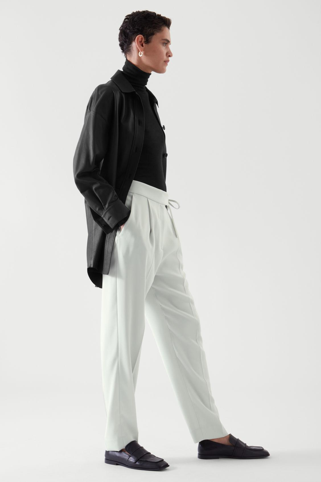 TAPERED PANTS 1