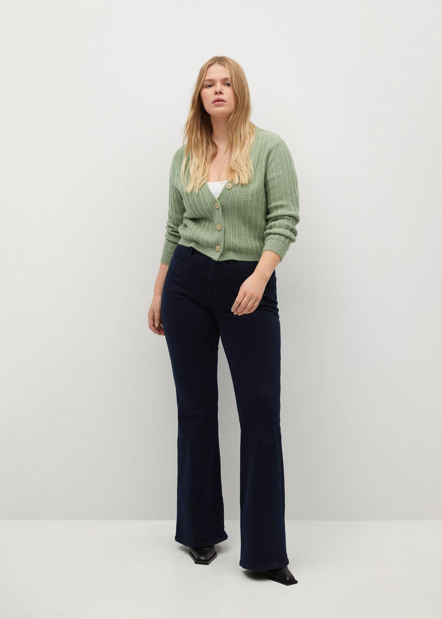 Flared jeans with pocket